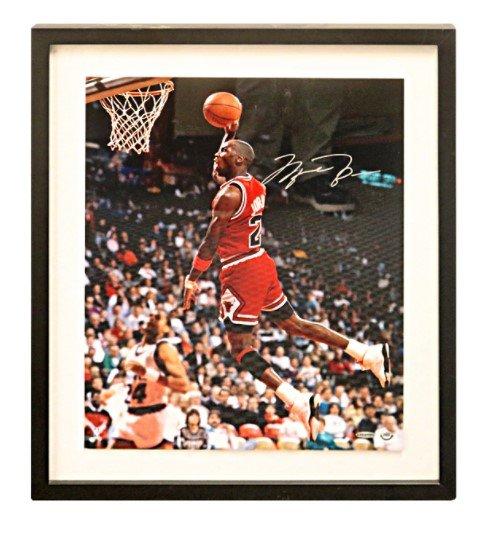 拚賣場MJ官方UDA最低價~ Michael Jordan 大幅16x20裱框簽名照(Upper Deck Authentication)