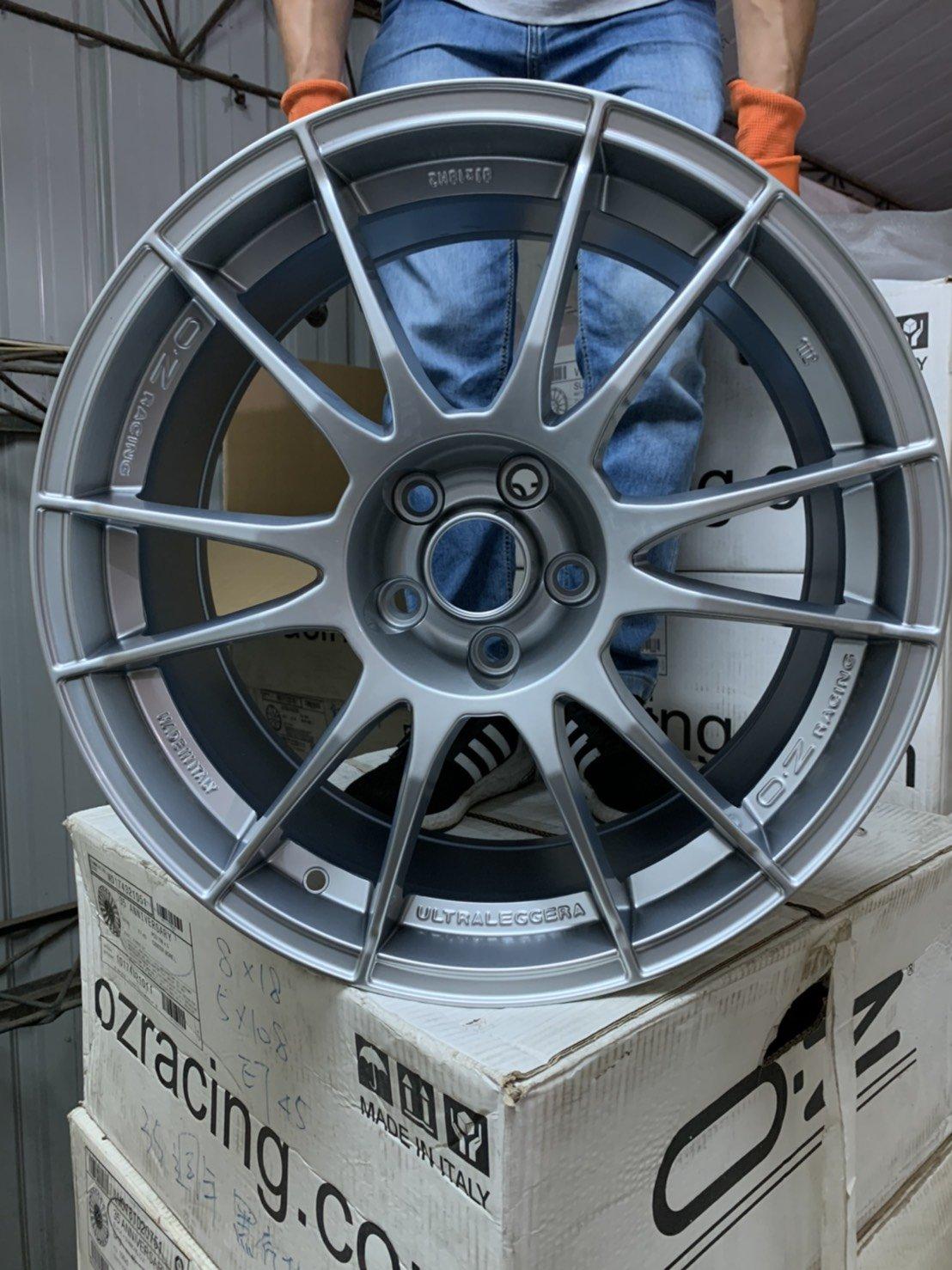 保證正品 5X108 義大利鋁圈 OZ炫壓 18吋輕量化 FOCUS (本月特價13500元) 義大利3D四輪定位