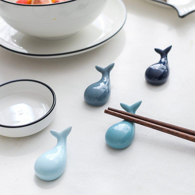 yoyo淘淘樂 可愛海洋鯨魚陶瓷筷架 家用筷托筷枕勺子架XW-18