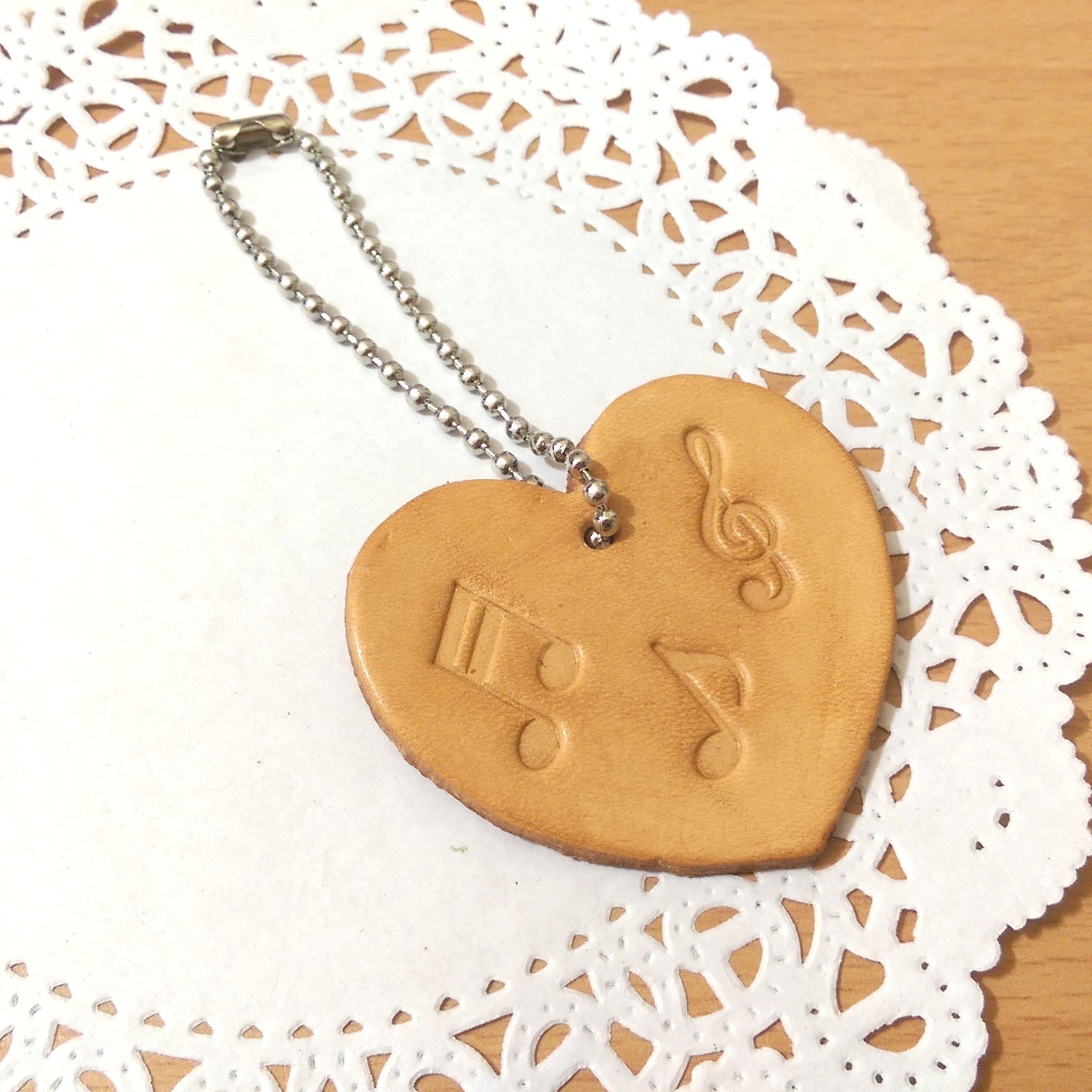 【愛心真皮皮革音符鑰匙圈】音樂 樂器 音符 皮革 手創 客製化 訂做《米思熊》
