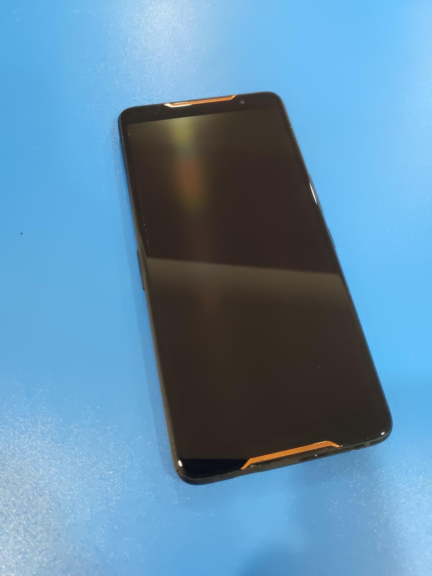 *二手商店*ASUS ROG Phone ZS600KL 8G/128G(4G雙卡 1200萬畫素 8核 6吋)