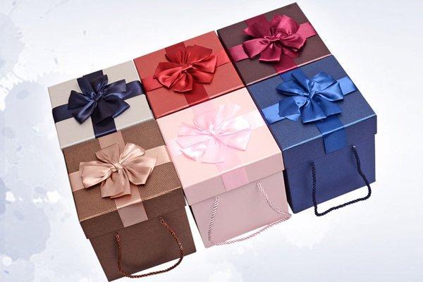 素面 盒 盒包裝盒生日 飾品盒收納盒化妝盒天地(小號)(沒附紙袋)Y013d654
