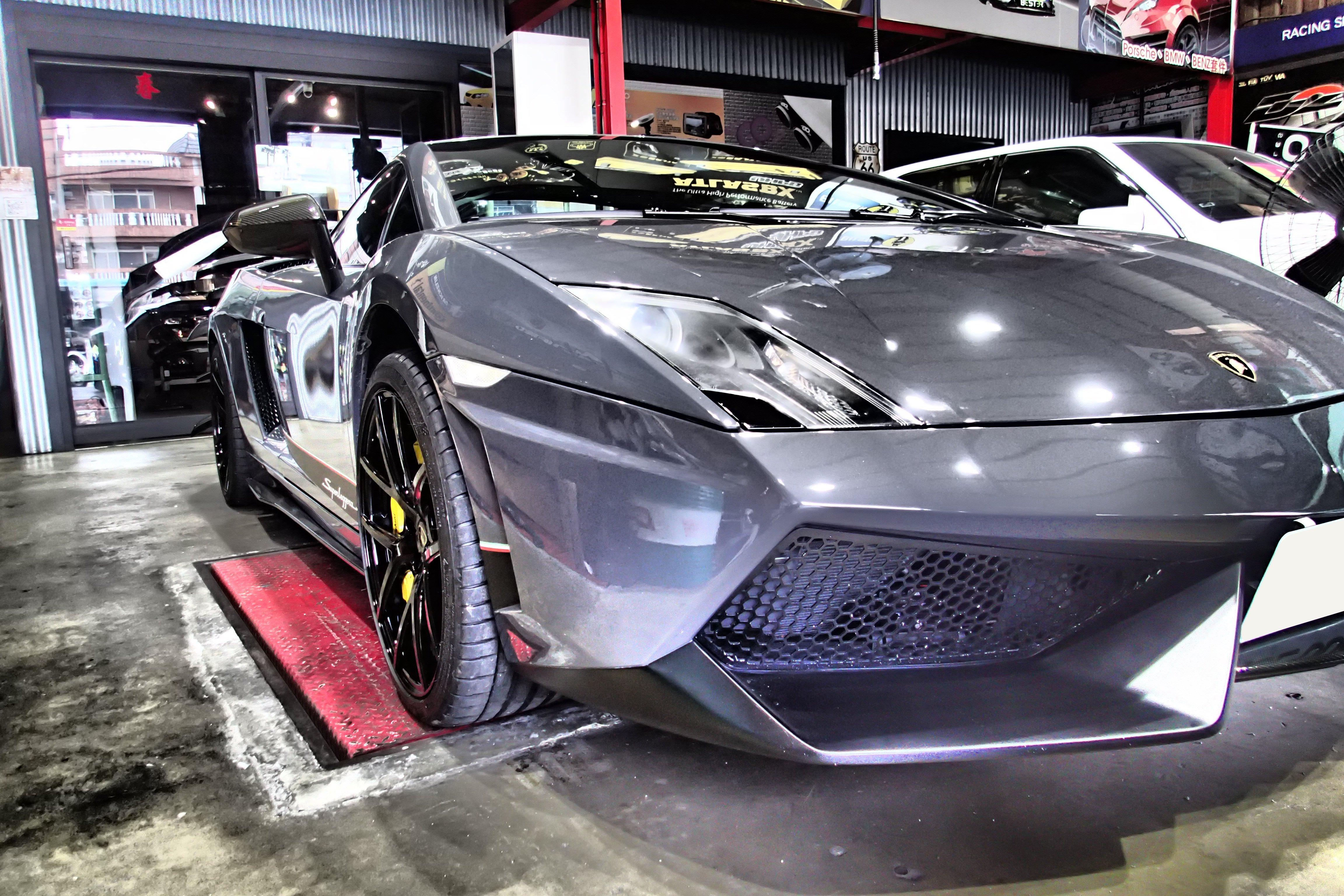 DJD19041734 藍寶堅尼 Lamborghini  LP570 LP560 前保桿