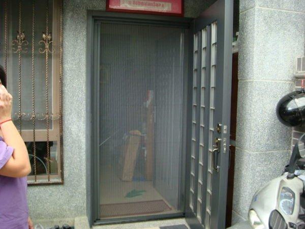 大台中  大門專用-折疊紗門、摺疊紗窗、隱藏紗門、百折紗門