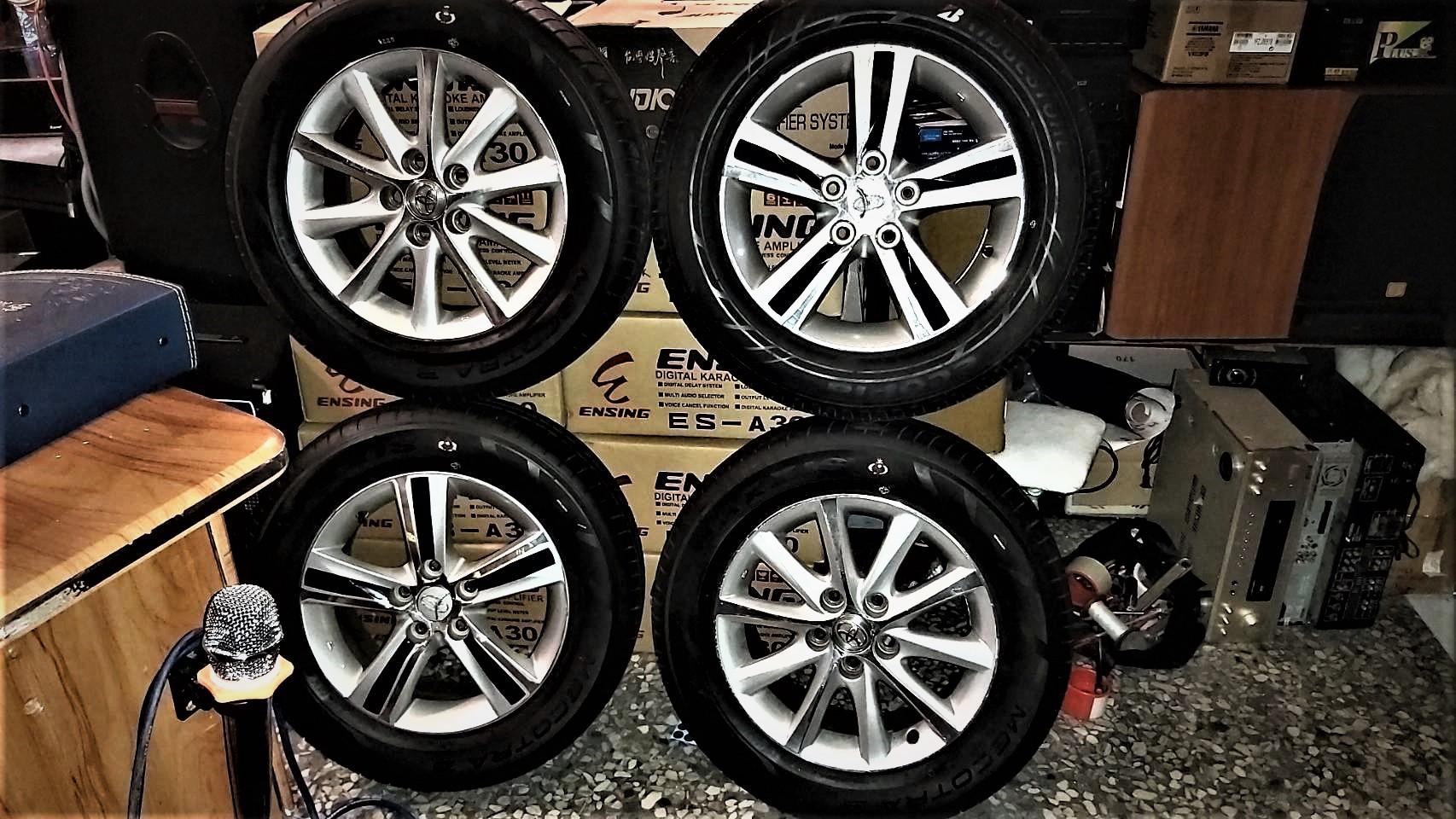 )  買4顆  (16吋 5孔 114.3鋁圈)  送4條 (MAXXIS瑪吉斯 215/65/16輪胎
