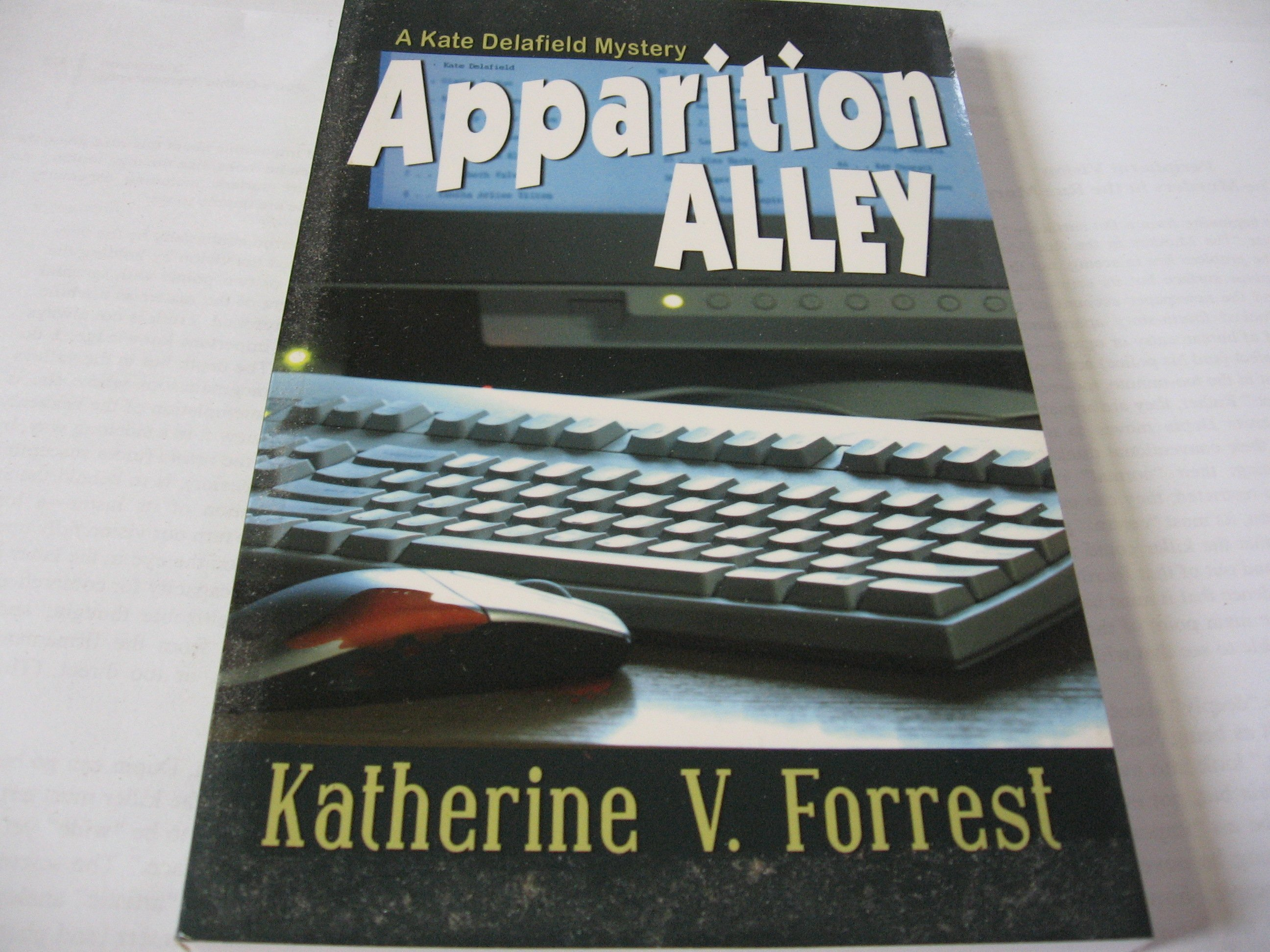 Apparition Alley: A Kate Delafield Mystery Forrest 英文推理小說近