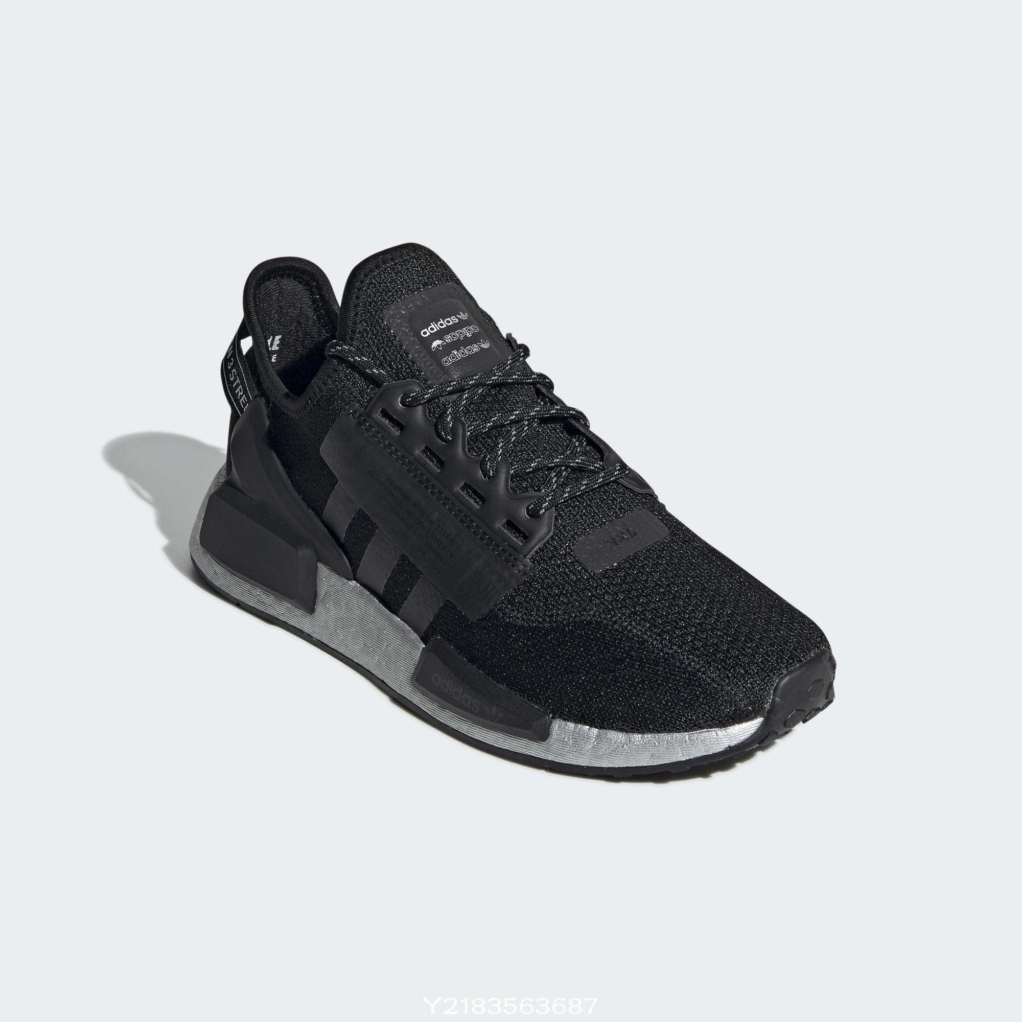 2019 12月 Adidas nmd R1 v2 w BOOST 黑銀色 復古 愛迪達  女段 Fw5449 休閒慢跑鞋