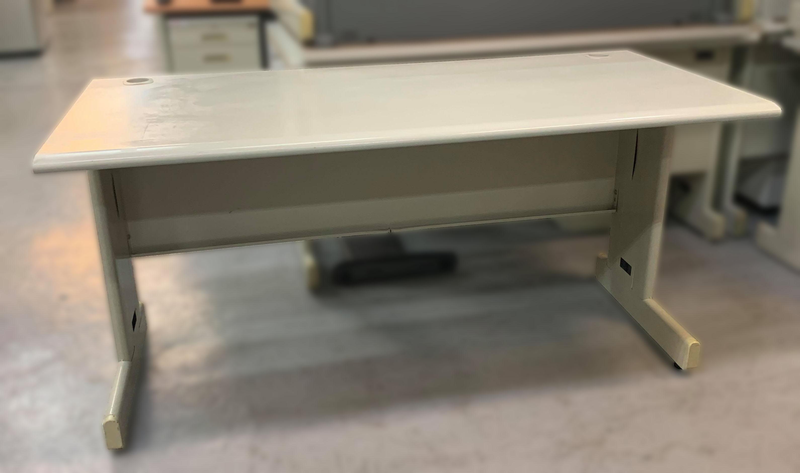 【宏品二手家具館】 台中中古傢俱家電賣場C102106*白面OA辦公桌*會議桌 書桌 電腦桌 辦公家具 辦公設備隔間屏風