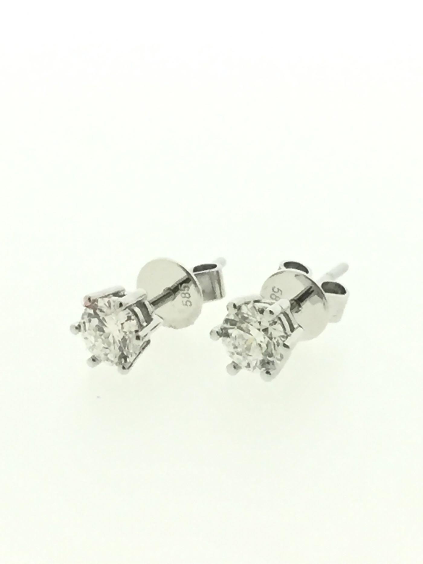 【益成當舖】流當品 特價結緣 白K金35分(0.35克拉)GIA六爪鑽石耳環 已售出