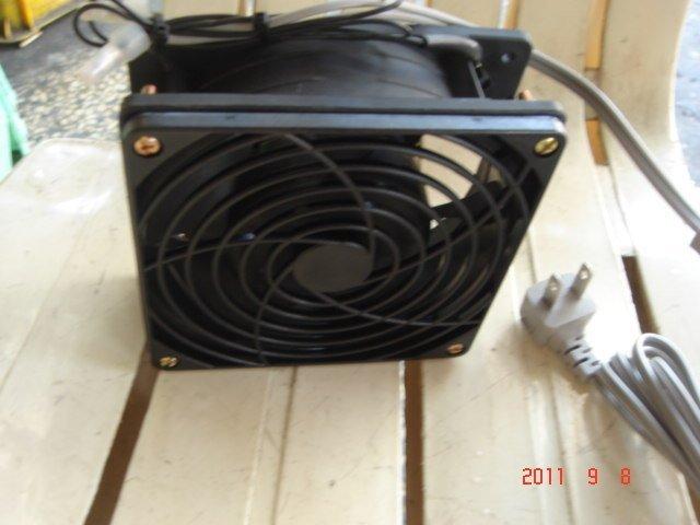 [多元化風扇風鼓]日本品牌12公分風扇組 110V 排風扇(附網.電源線) 超耐用38mm