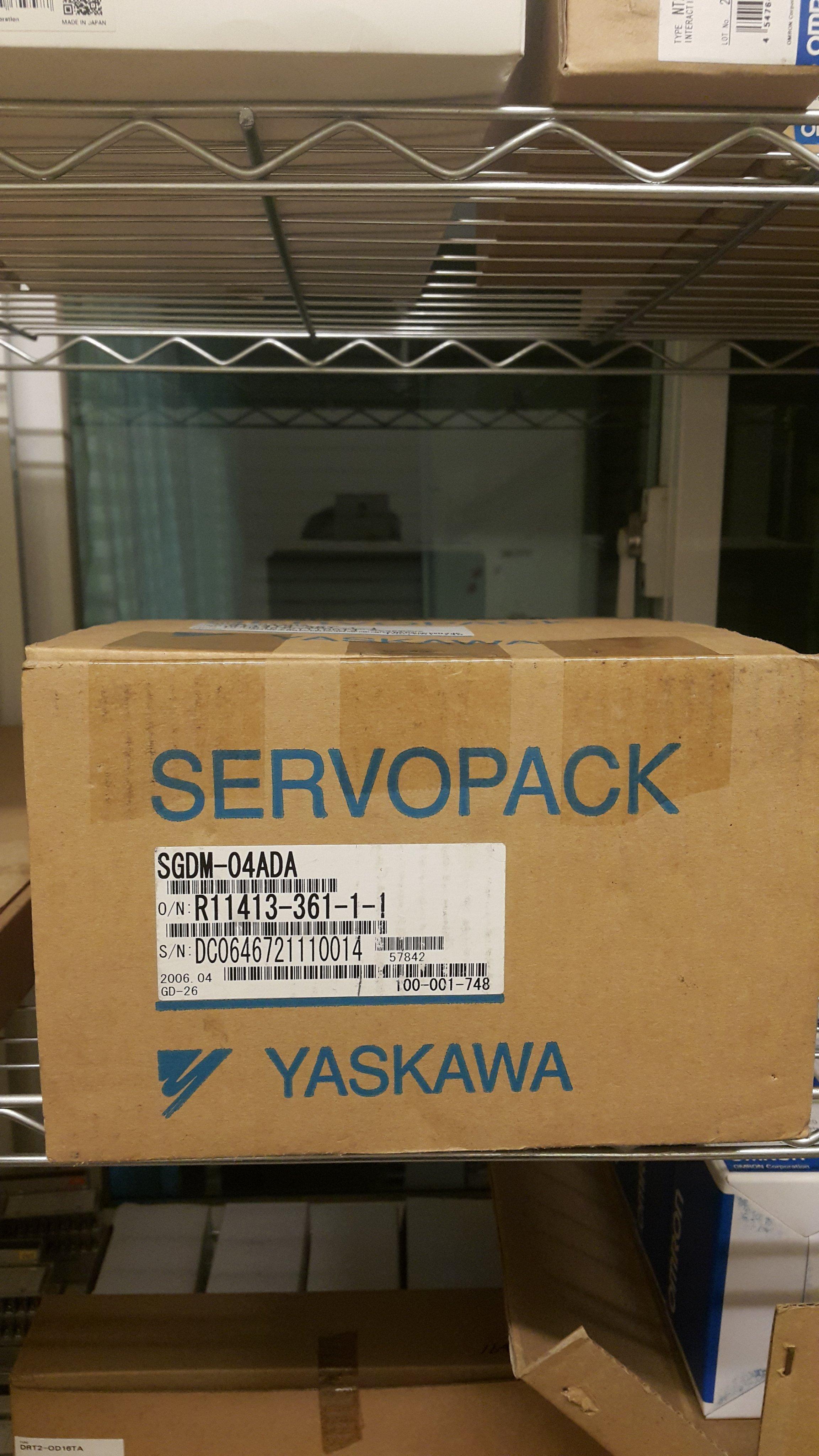 安川 YASKAWA SGDM-04ADA  盒裝新品