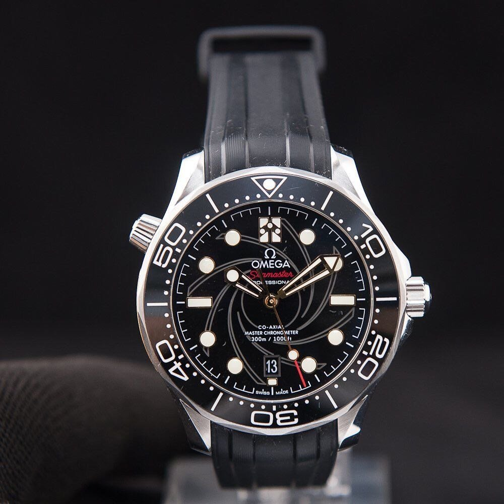 OMEGA海馬300潛水錶210.22.42.20.01.004(詹姆斯•龐德007限量版)已拆模