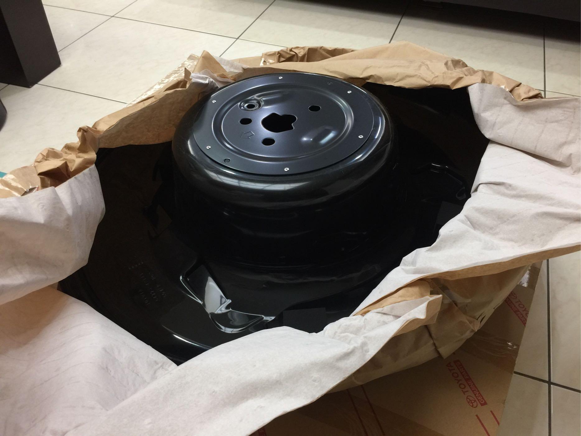 Rav4 2008~2012 原廠備胎室内蓋板 備胎內蓋板 (和泰Toyota原廠全新品)