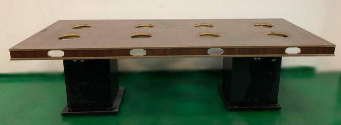 樂居二手家具(中)台中西屯二手傢俱買賣推薦 E120203*8孔火鍋桌*2手桌椅拍賣 會議桌椅 戶外休閒桌椅 課桌椅