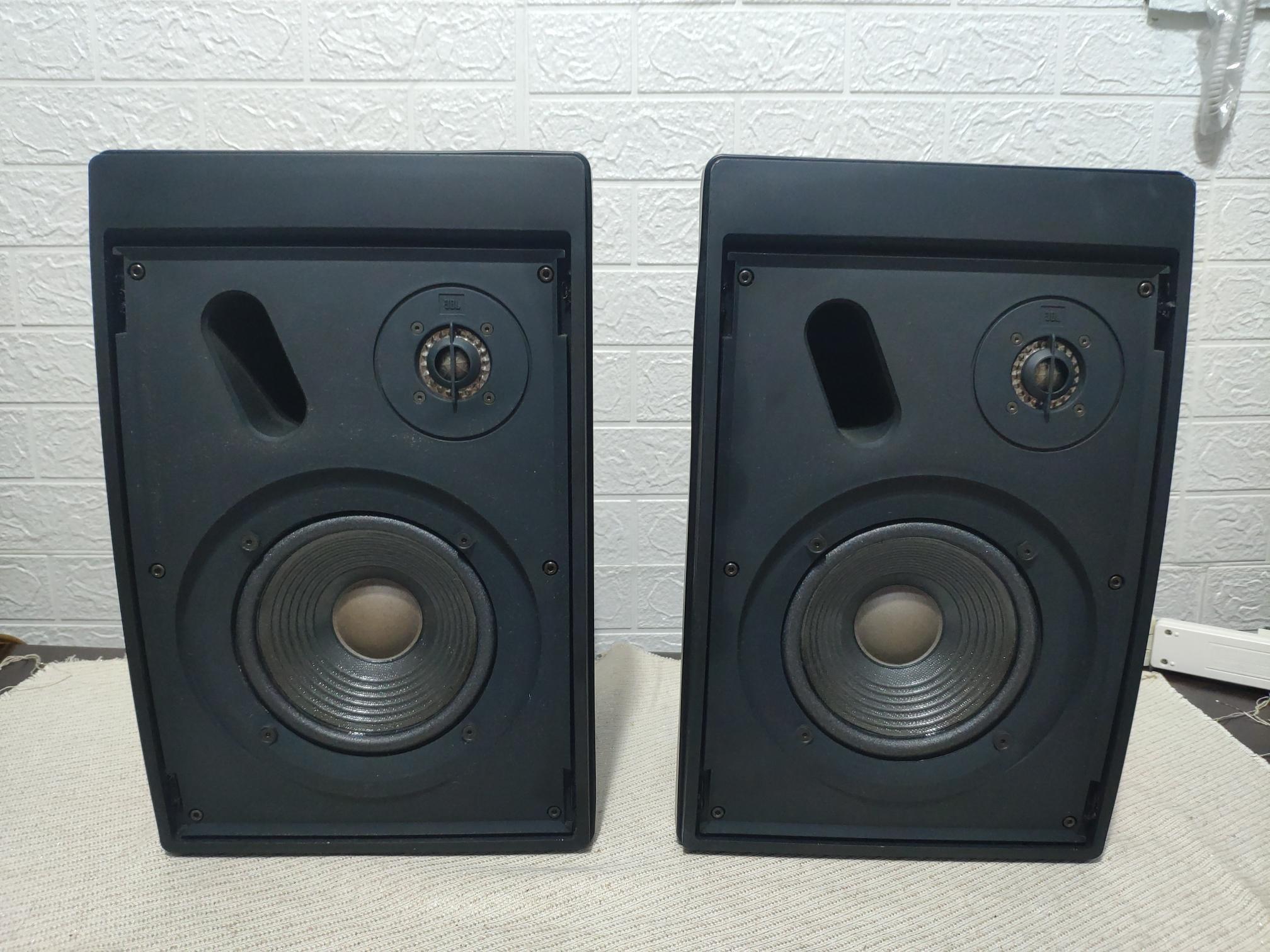 [雅悅二手音響]美國製 JBL CONTROL 5 兩音路書架喇叭