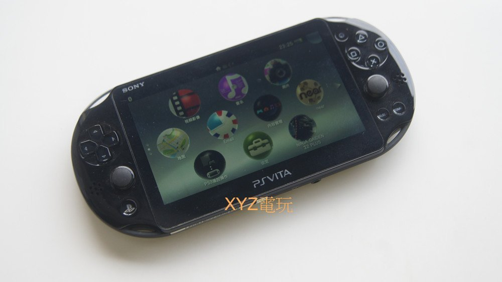 PSV 2007 主機 +8G 全套配件  +送 數位 閃之軌跡1+2  保修一年  品質有保障