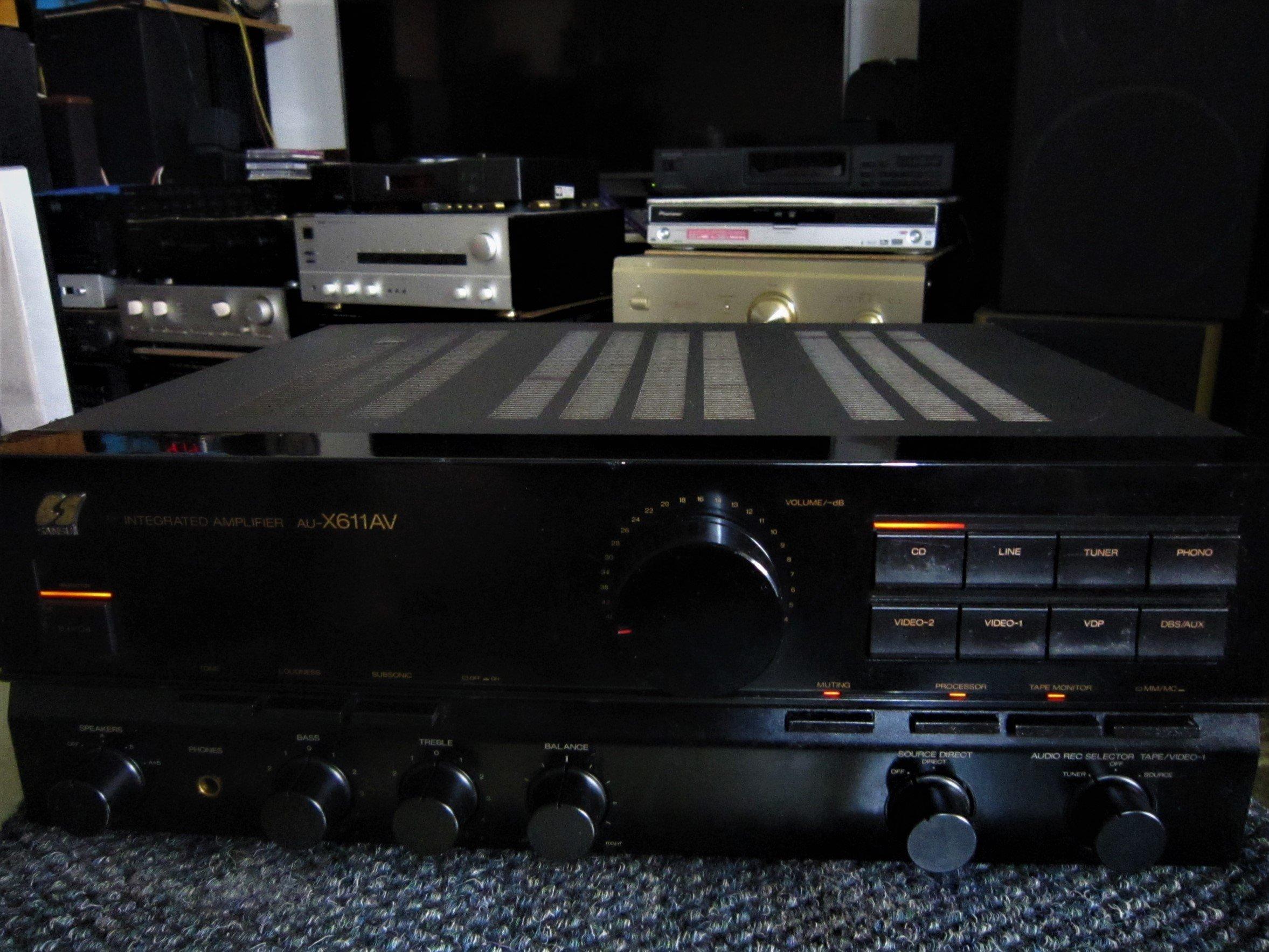 老楊音響 二手老山水SANSUI AU-X611AV 80Wx2立体聲擴大機 品相尚佳良品
