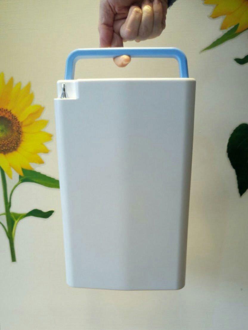 攜帶式氧氣機,製氧機, 氧氣製造機 2.2公斤 (帶電池)