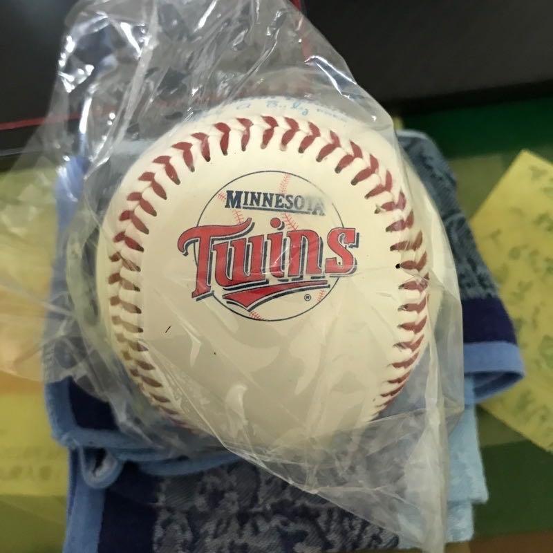 MLB 明尼蘇達雙城隊 舊版 紀念球 LOGO球 隊徽球 簽名球 美國職棒