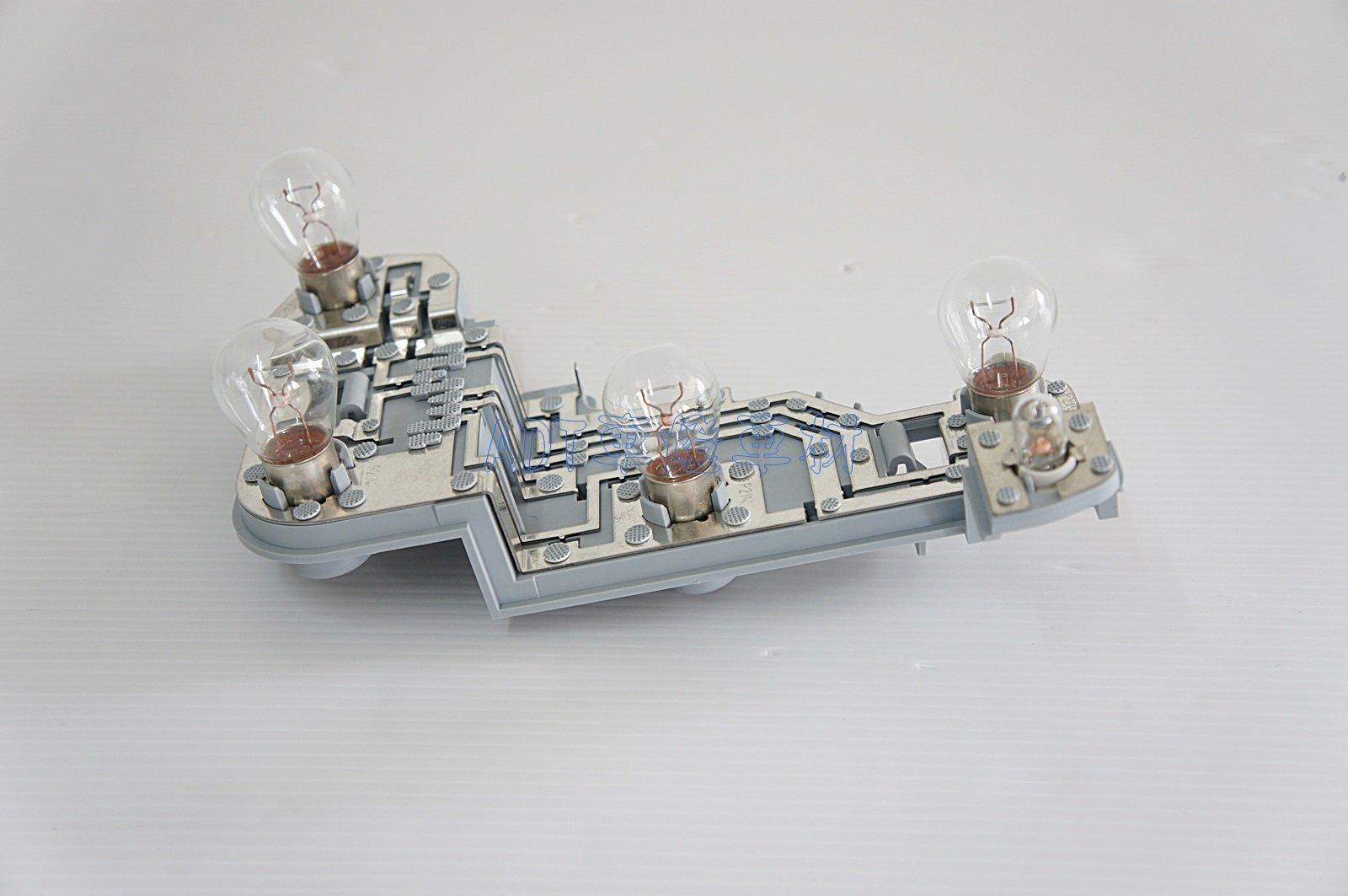 ~~ADT.車燈.車材~~賓士 W204 C180 C200 C250 C300 5D 5門專用 尾燈 後燈 線路板