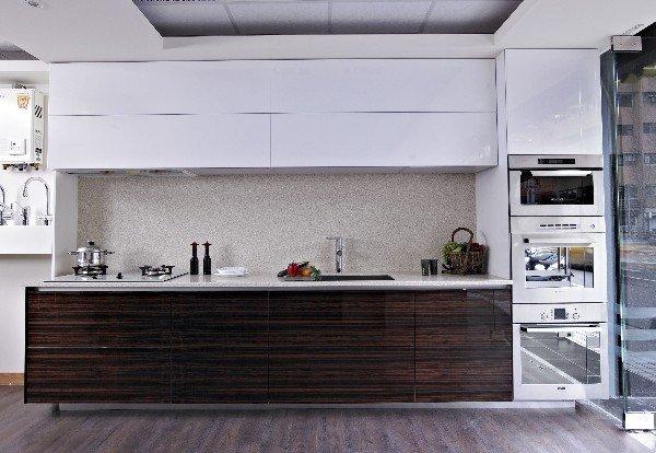 台中系統櫃-雙開門系統板廚房櫥櫃 { 湯姆 雙開門系統廚櫃} 簡約舒適現代風 客製化設計 不含烤箱&微波爐