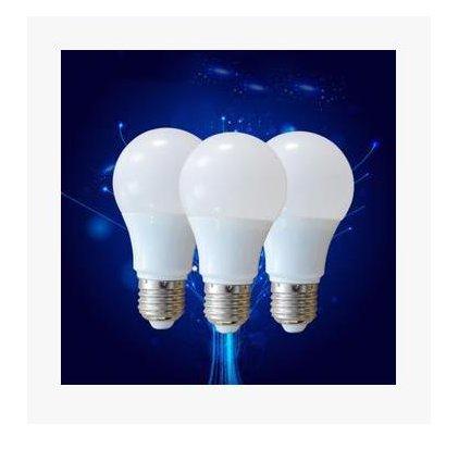 {超值家}*外銷全球*led燈泡9W*無閃頻節能*E27大螺口塑包鋁球泡家用商用電燈泡室內超亮暖白光源