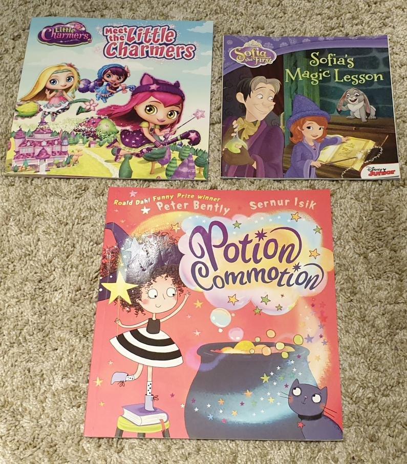 【便宜出清】兒童知名英文 繪本 書 Sofias  Magic Lesson /Potion Commotion