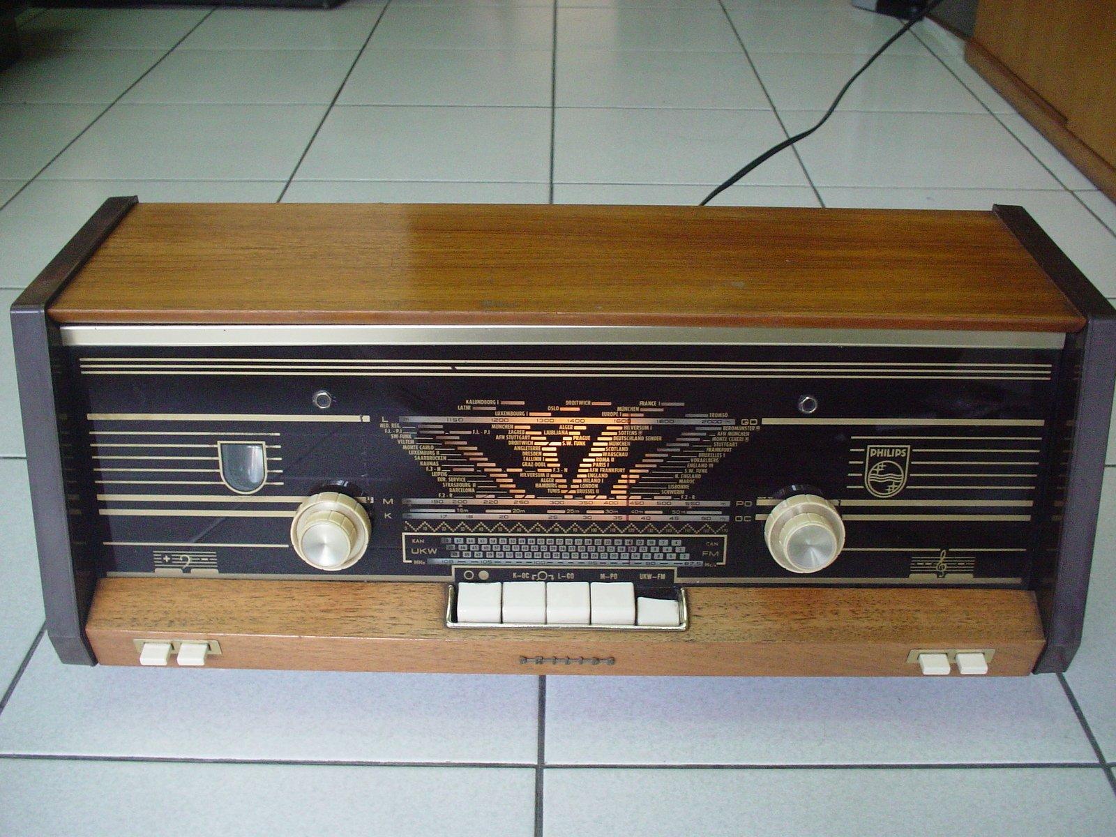 荷蘭Philips B4X23A古董真空管收音擴大機,品相超優,音質保證超級棒,值得珍藏not Grundig