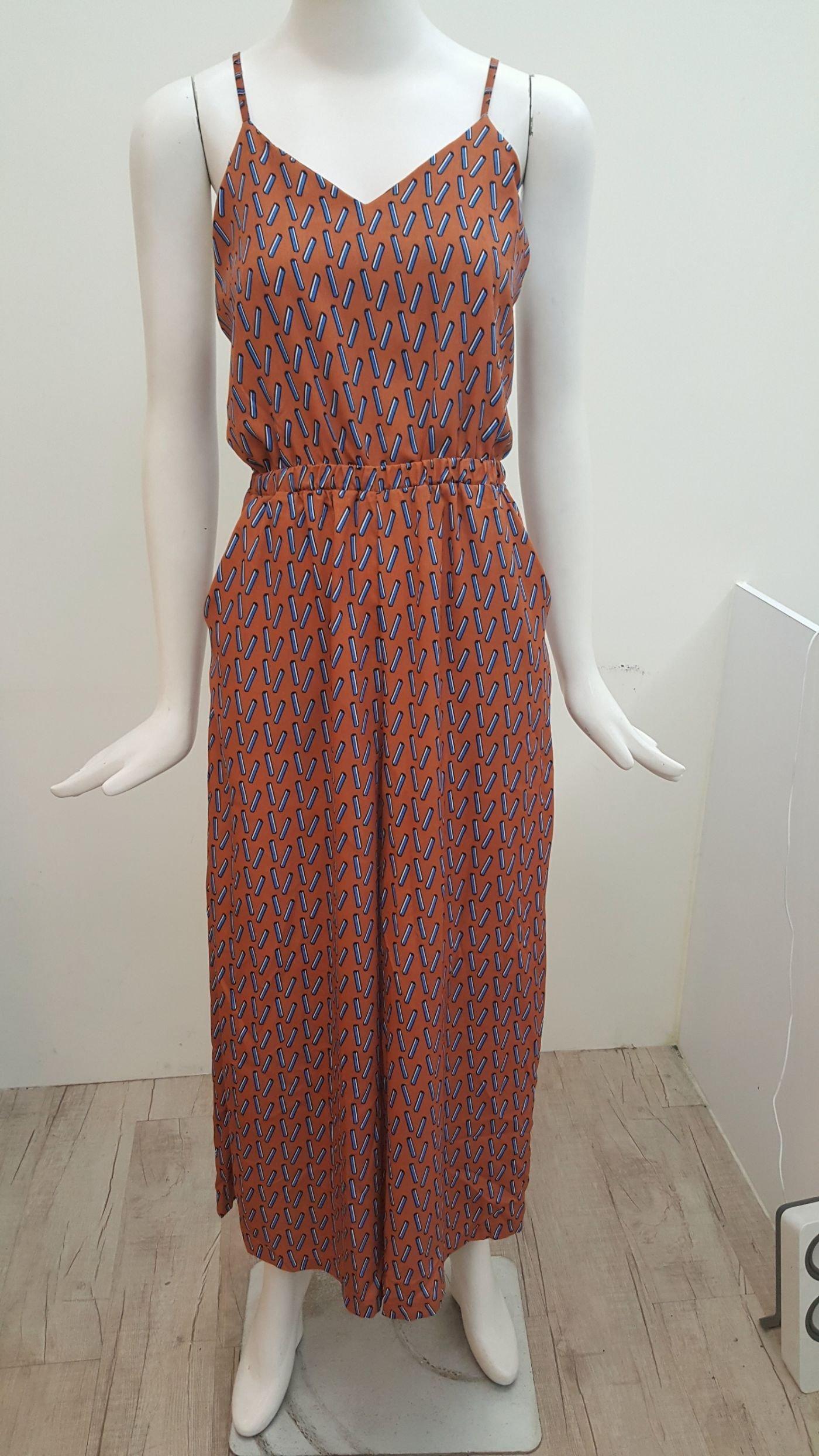 美衣社 TOKYO DEPT 簡約 vivi 赤色 甜心可可  咖橘底長條圖細肩帶露背縮腰連身寬褲