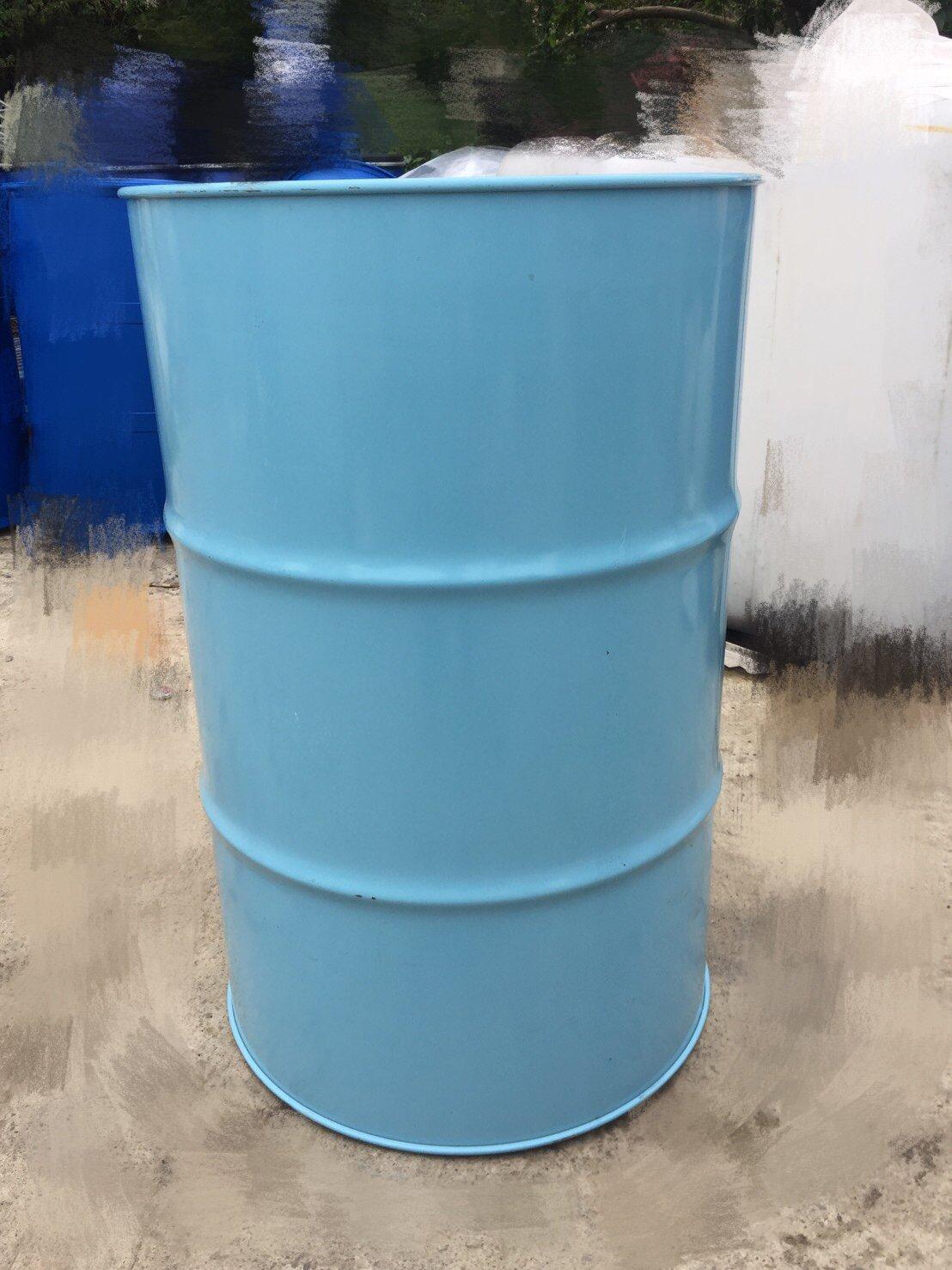 賣中古50加崙鐵桶(工業風、擺飾、200公升桶、烤漆鐵桶 、油桶、ㄧ次桶)