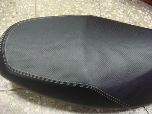 山葉 原廠 二代勁戰 新勁戰 飛旋版 座墊/坐墊/椅墊 質感佳 噴射 化油 都可以裝