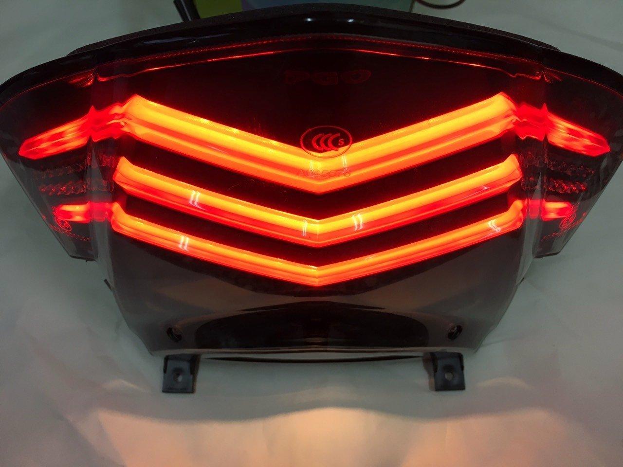 【YST】彪虎 PGO TIGRA 150 ABS 紅底 LED 導光 尾燈 總成 彪虎 125彪虎 150 小燈。