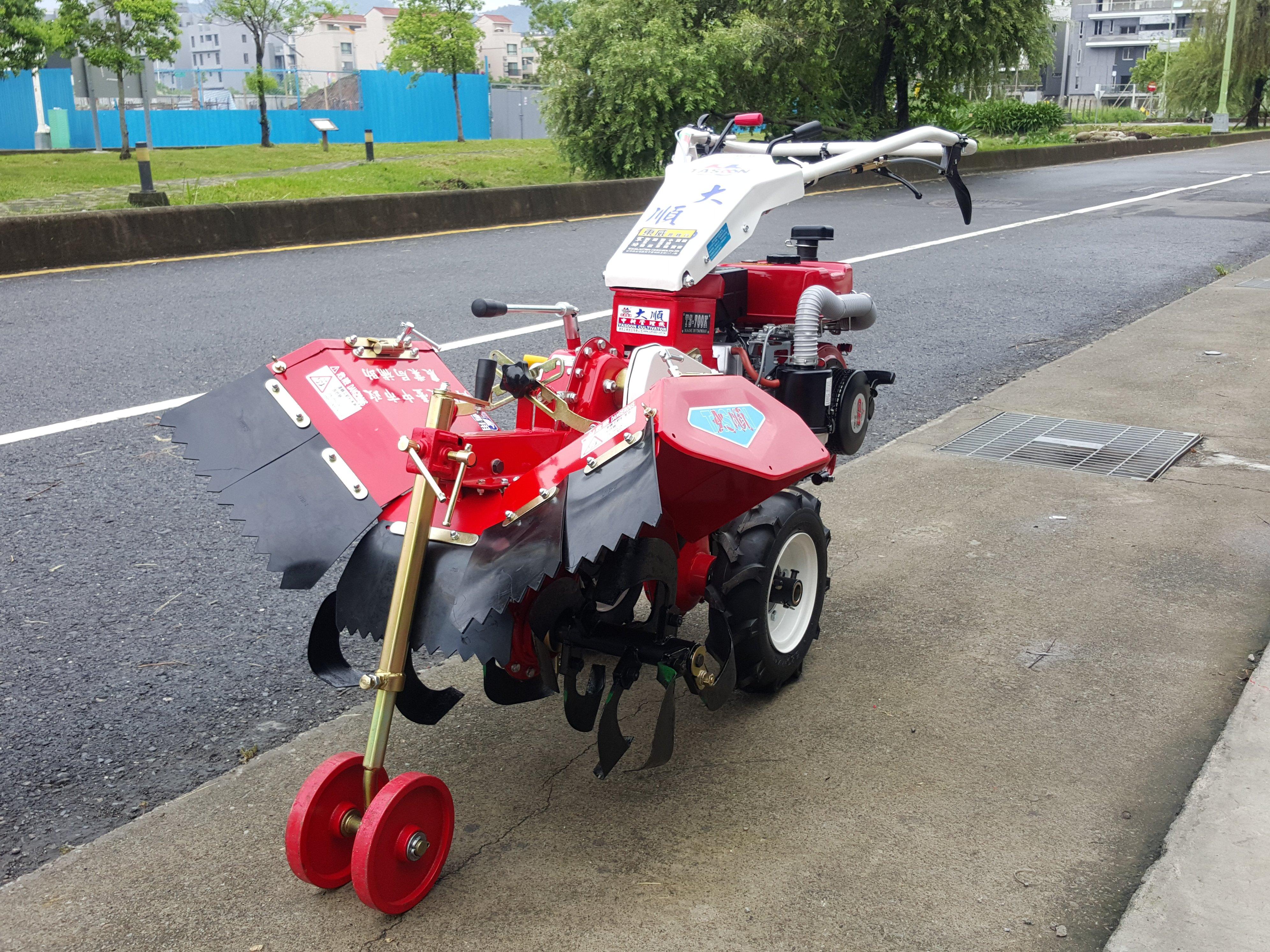 **農機達人**台灣 大順 700K 中耕機 耕耘機 鬆土 開溝 割草 割草機 鏈鋸 搬運車 啟發 展農 文豐