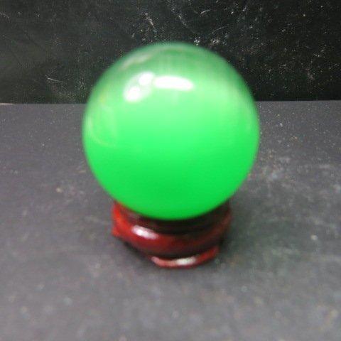【競標樂】天然亮彩綠色貓眼石球40mm(贈座)( 價 賣) 5組(賣完恢復 150元)