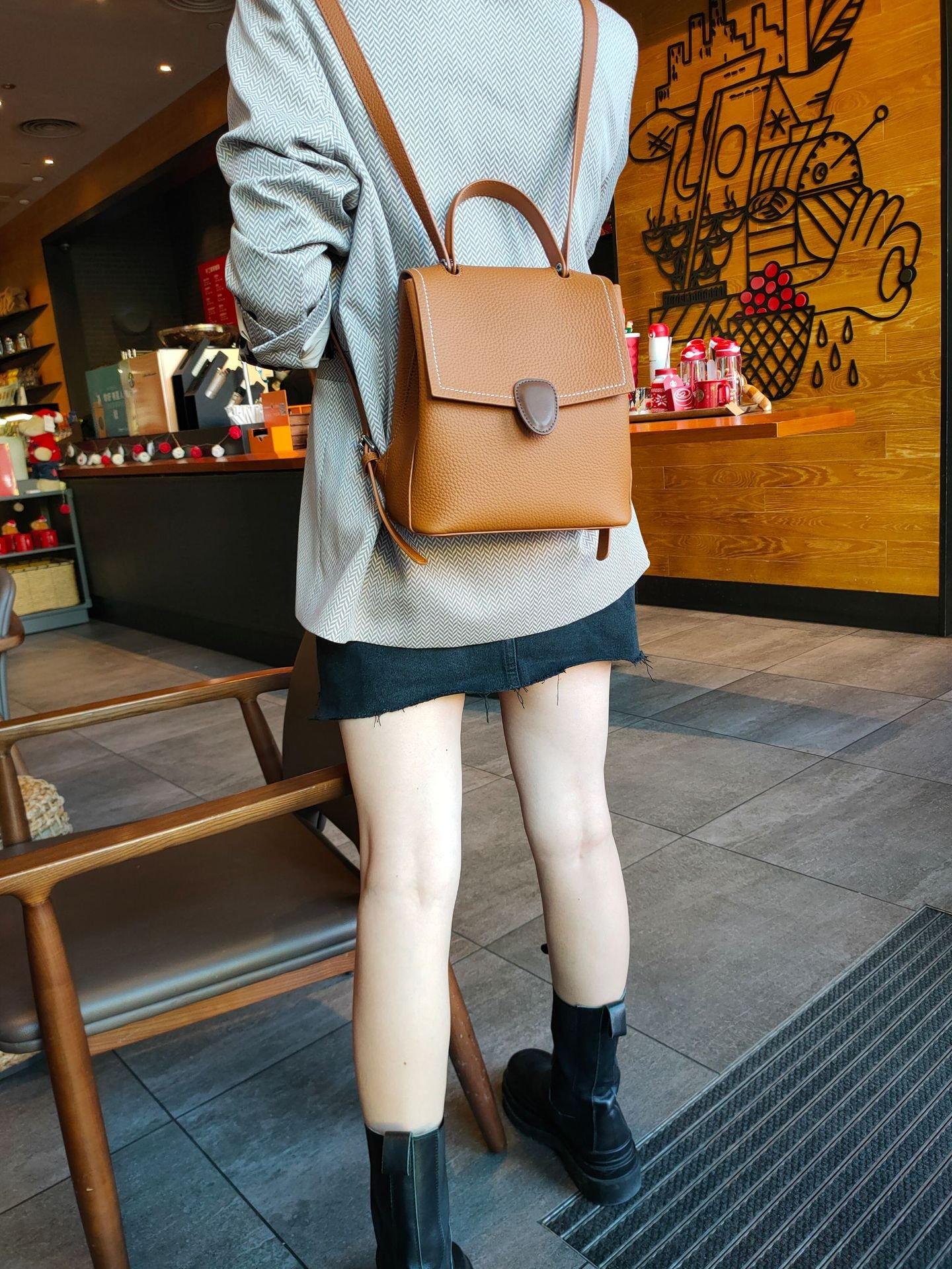 韓時尚 百搭英倫背包 潮牌女包 頭層牛皮真皮雙肩包 H81999 超優質賣家⭐️Pat girl 拍妞⭐️