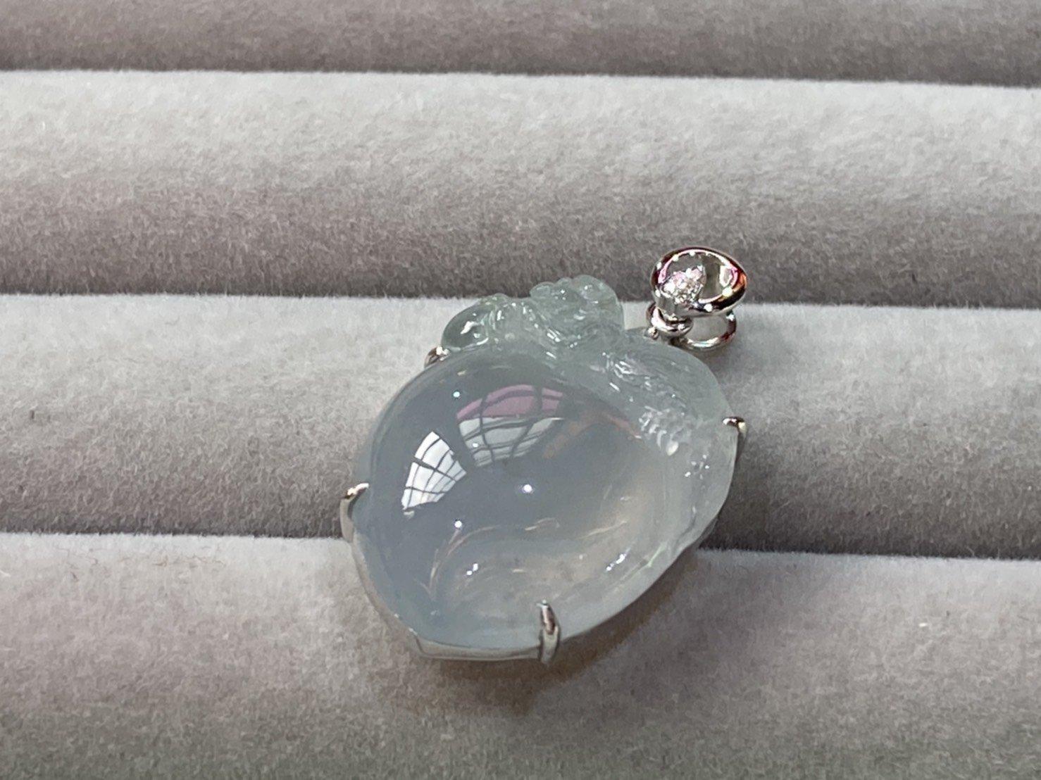 愛買出清~緬甸A貨天然翡翠~18K金750鑽石鑲嵌~冰紫壽桃~好彩桃~鑽石吊墜~墜子~