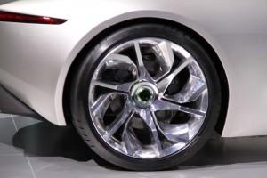 Jaguar C-X75 wheels