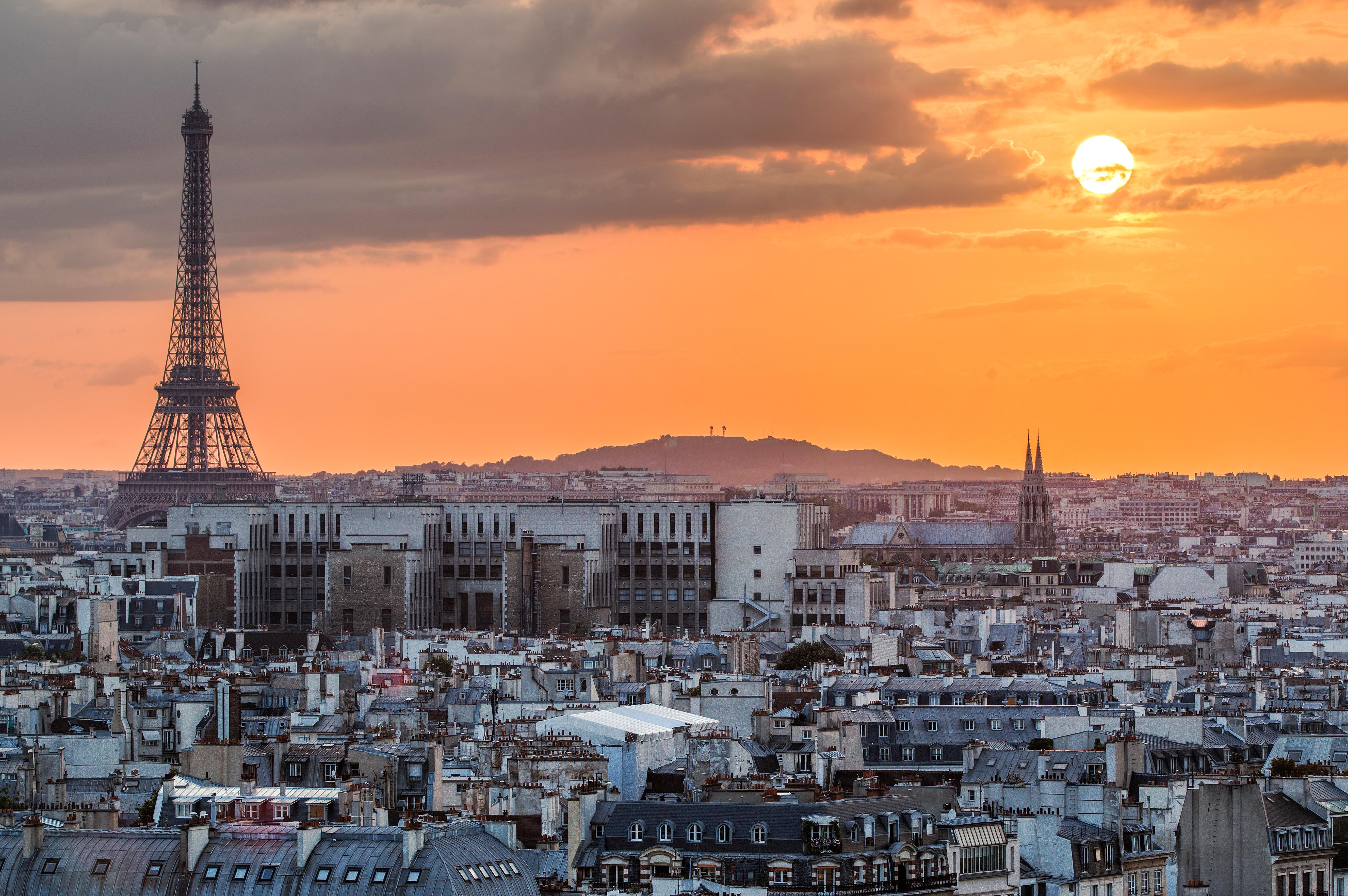 Atardecer en Paris, la ciudad que ocupa el top 3 de las más visitadas del mundo este año.