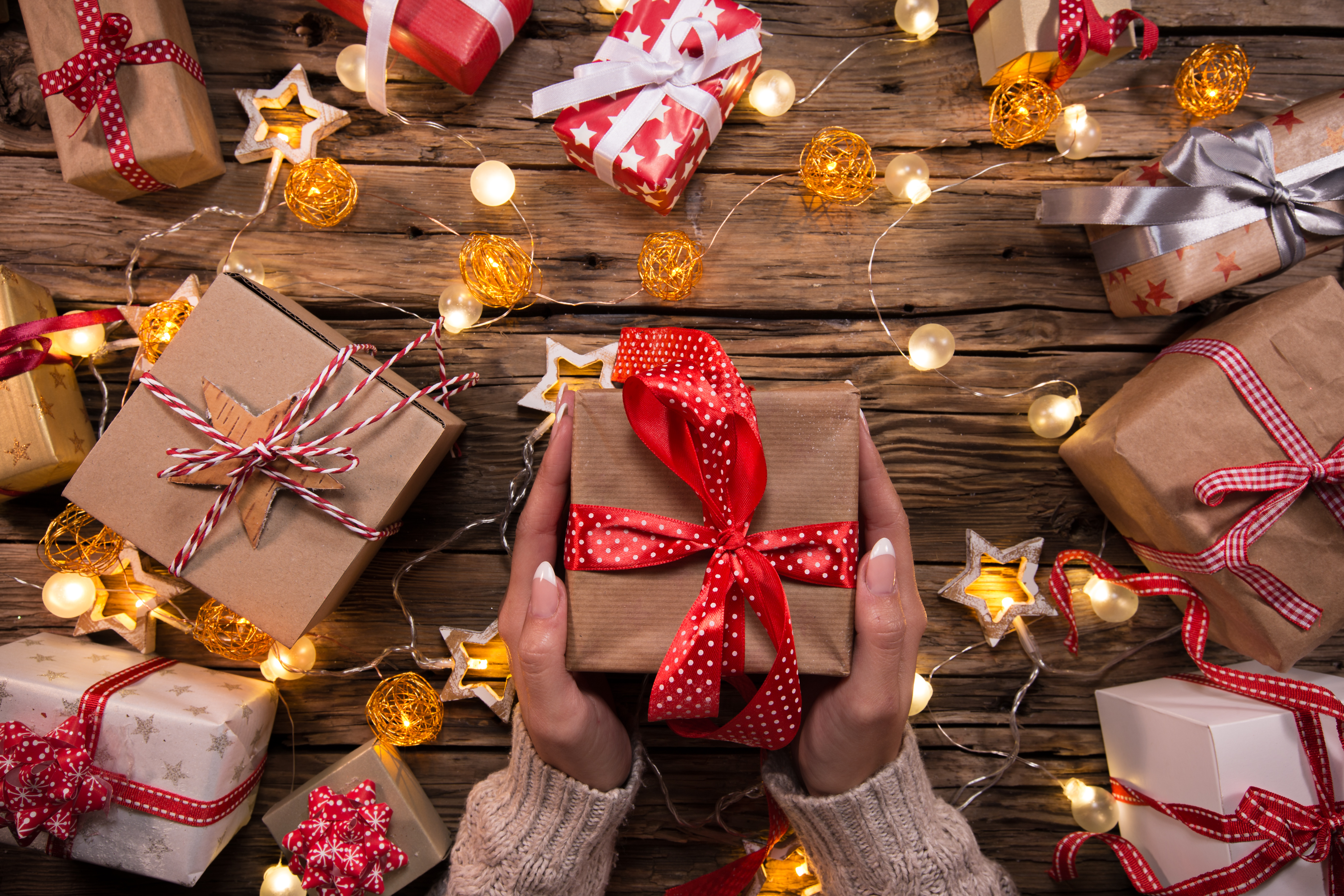 9 Holiday Gifts With A Personal Touch Aol Lifestyle