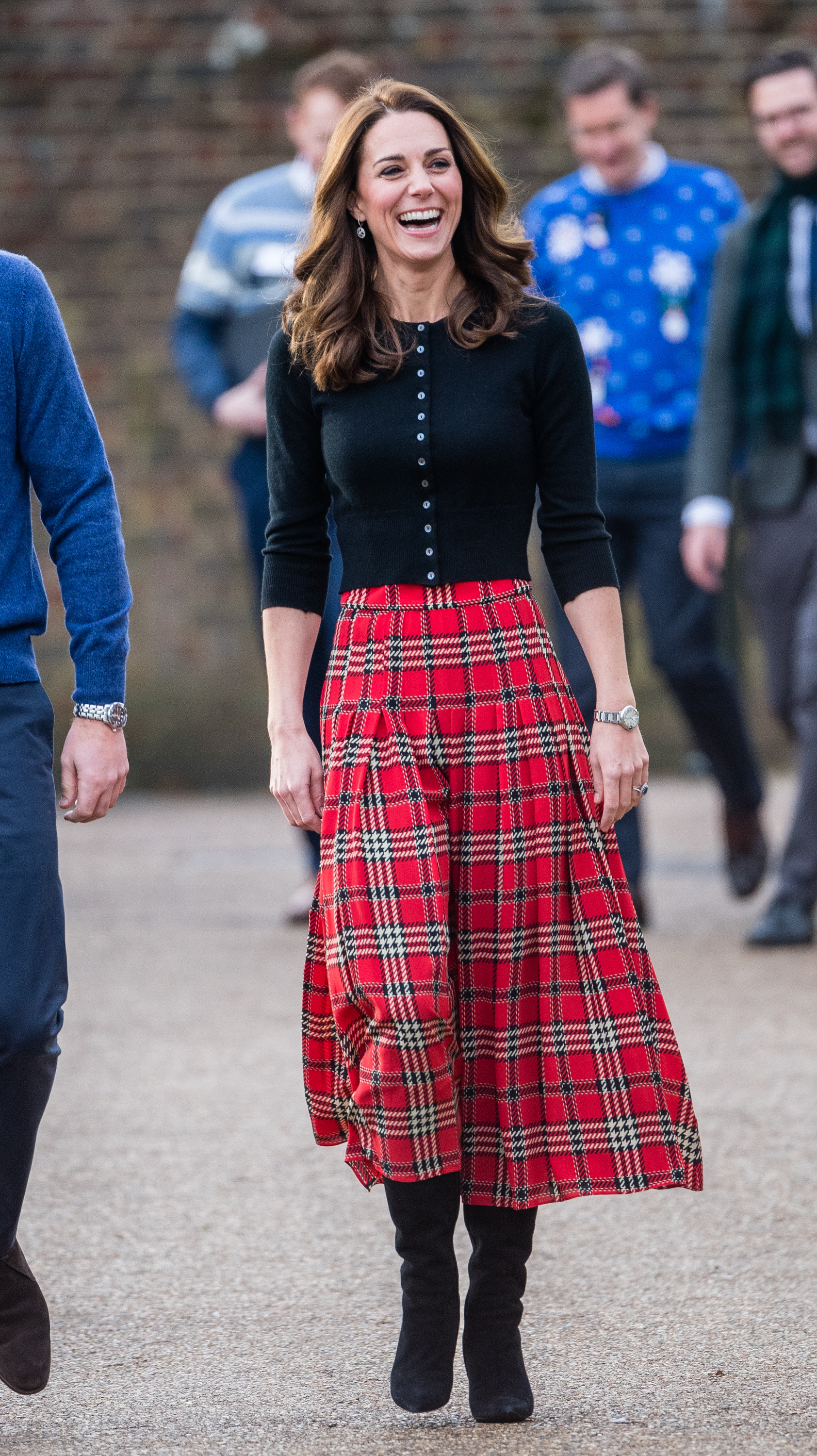 LONDON, ENGLAND - DECEMBER 04: Catherine, Duchess of Cambridge attends a party for families of military personnel deployed in Cyprus at Kensington Palace on December 04, 2018 in London, England. (Photo by Samir Hussein/Samir Hussein/WireImage)