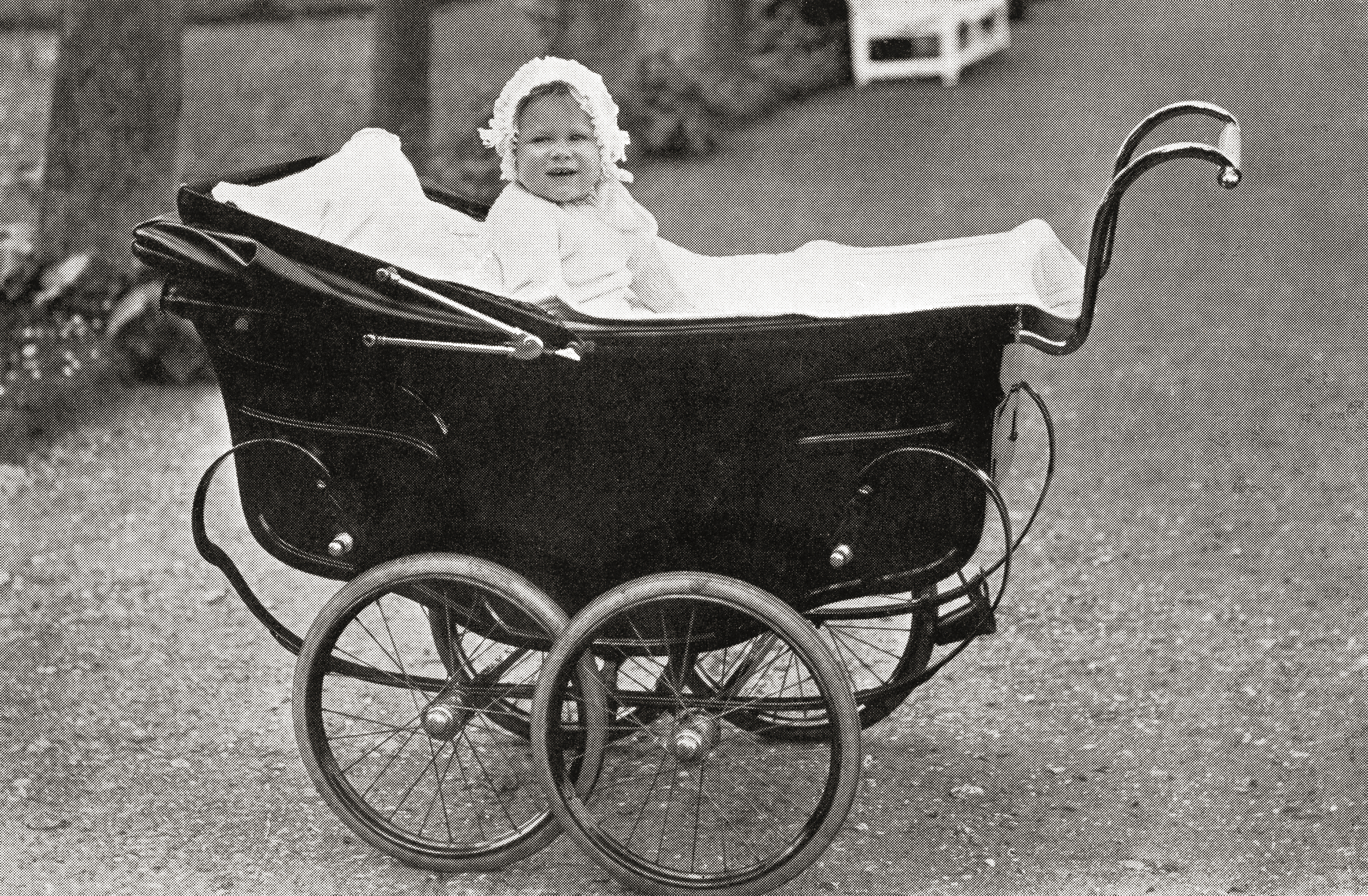 Princess Elizabeth as a baby, at St. Paul's Walden Bury, St Paul's Walden, Hertfordshire, England, home of the Bowes-Lyon family. Princess Elizabeth future Elizabeth II, born 1926. Queen of the United Kingdom, Canada, Australia and New Zealand. From The Duchess of York, published c.1928. (Photo by: Universal History Archive/UIG via Getty Images)