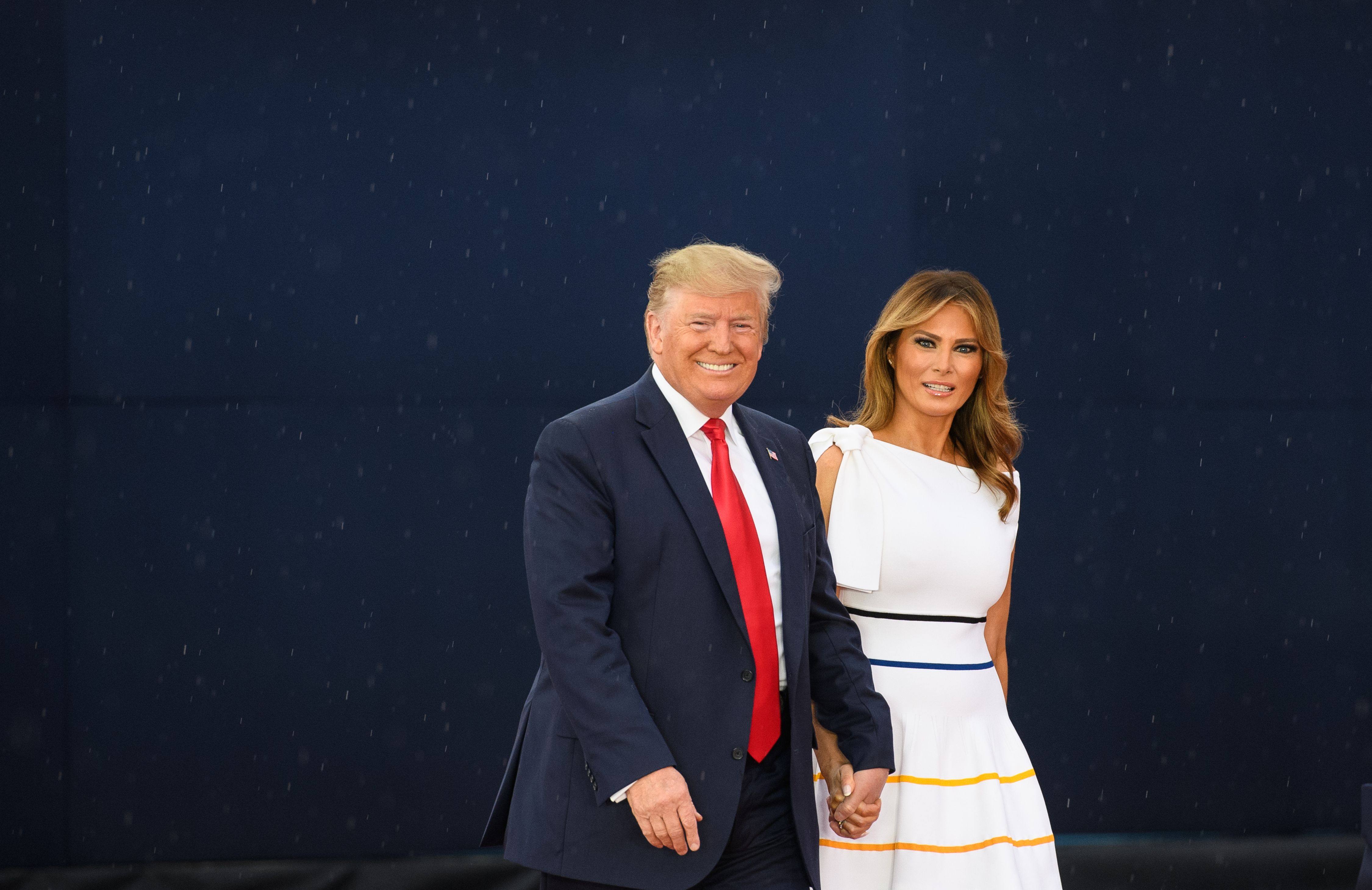 """US President Donald Trump and First Lady Melania Trump arrive for the """"Salute to America"""" Fourth of July event at the Lincoln Memorial in Washington, DC, July 4, 2019. (Photo by MANDEL NGAN / AFP)        (Photo credit should read MANDEL NGAN/AFP/Getty Images)"""