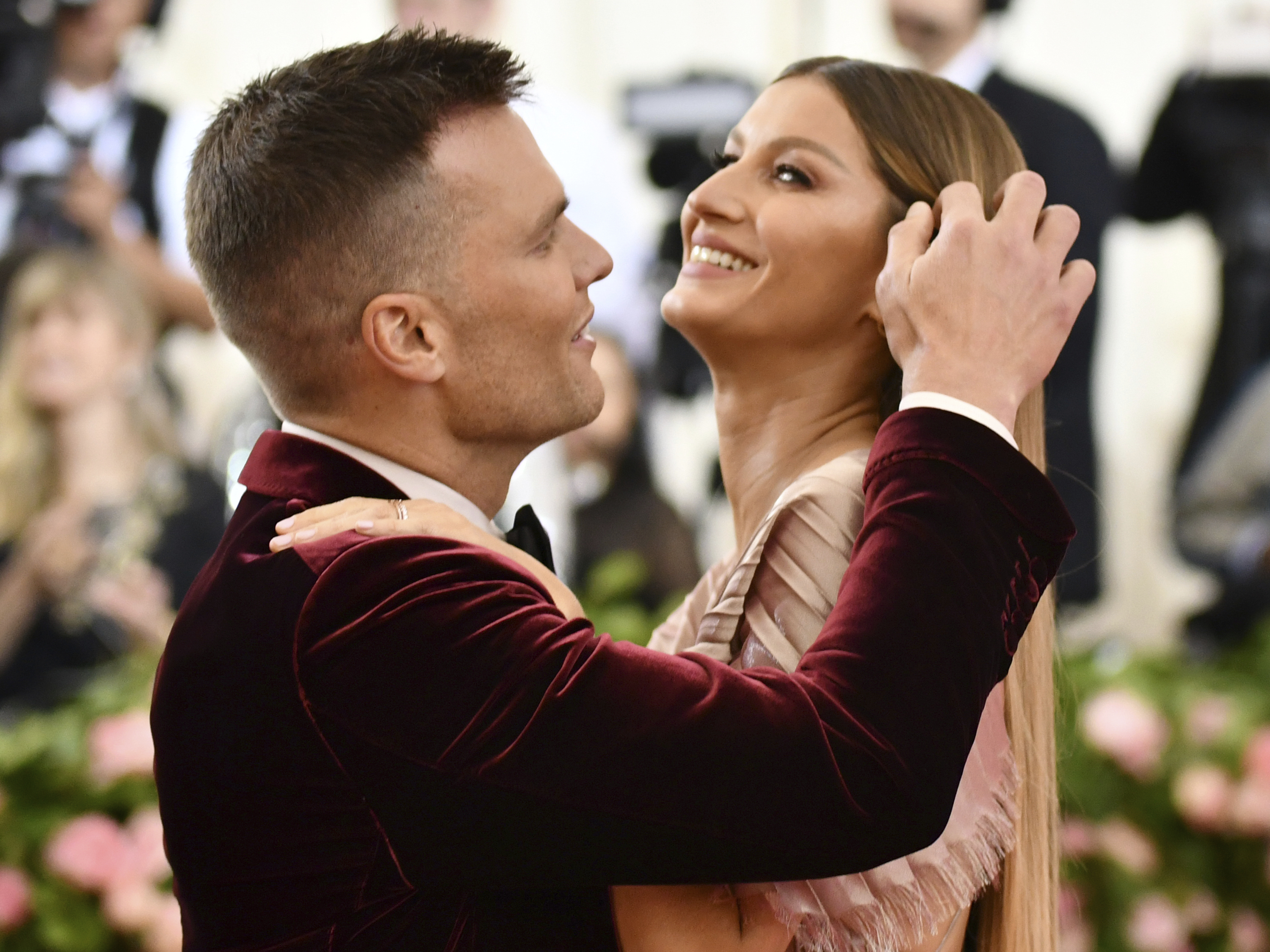 """Tom Brady, left, and Gisele Bundchen attend The Metropolitan Museum of Art's Costume Institute benefit gala celebrating the opening of the """"Camp: Notes on Fashion"""" exhibition on Monday, May 6, 2019, in New York. (Photo by Charles Sykes/Invision/AP)"""