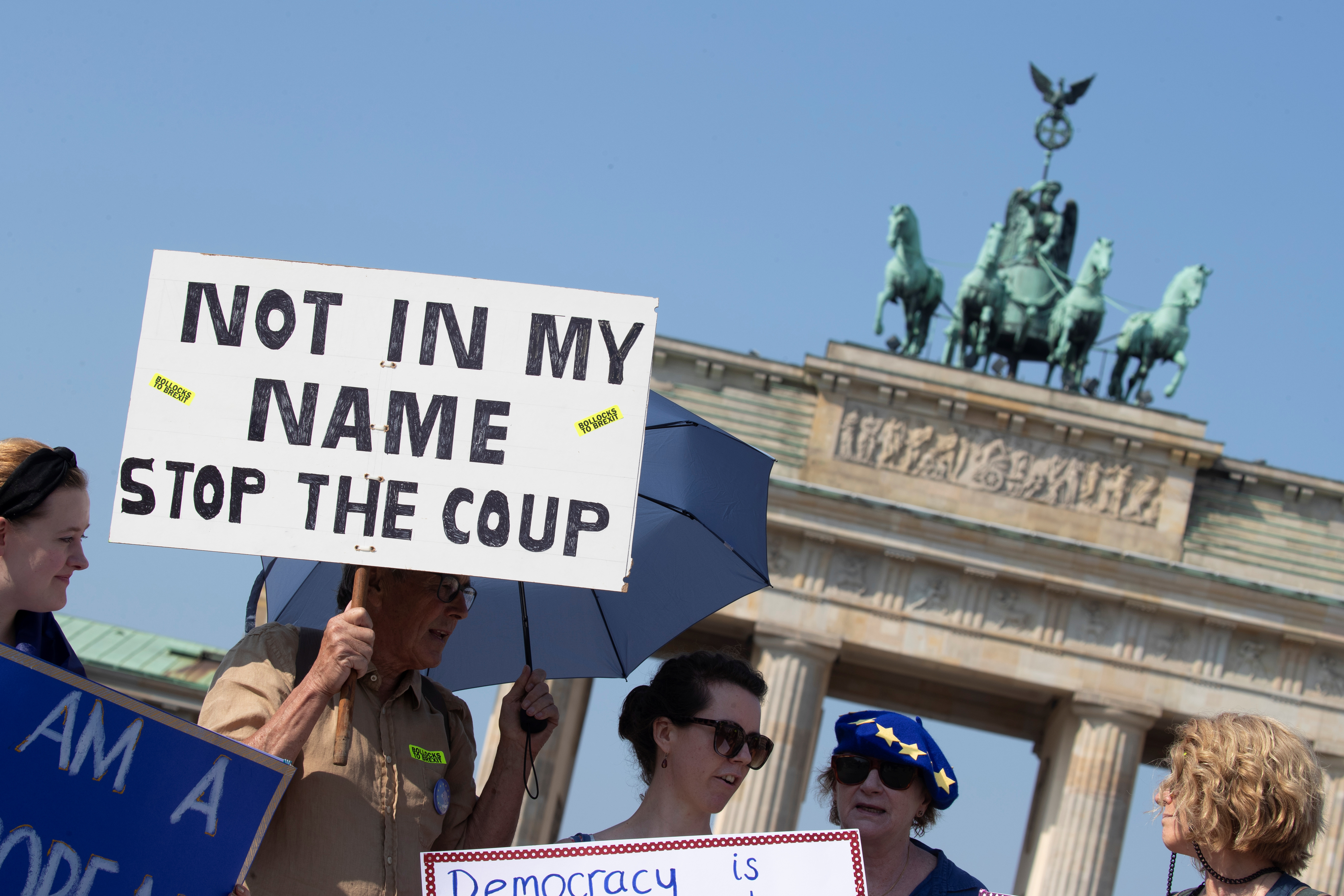 Activists protest against Brexit and the British Parliament suspension in front of Brandenburg Gate in Berlin, Germany August 31, 2019. REUTERS/Axel Schmidt