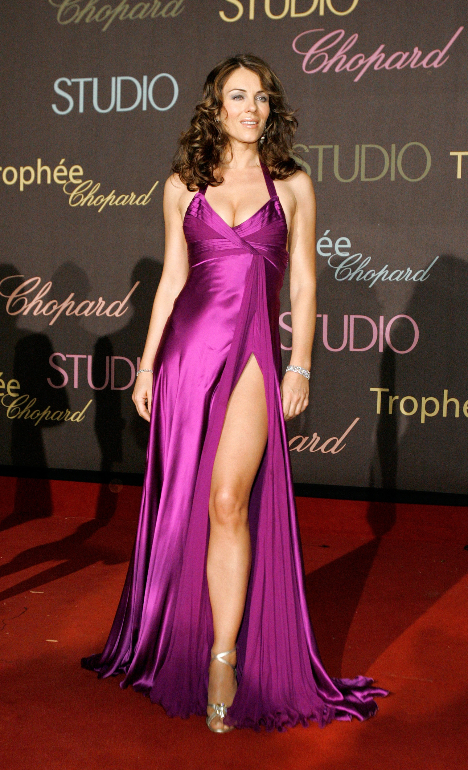 Actress Elizabeth Hurley attends the Chopard trophy ceremony in Cannes May 20, 2006. Chopard honors masculine and feminine acting revelations during the annual Cannes Film Festival.