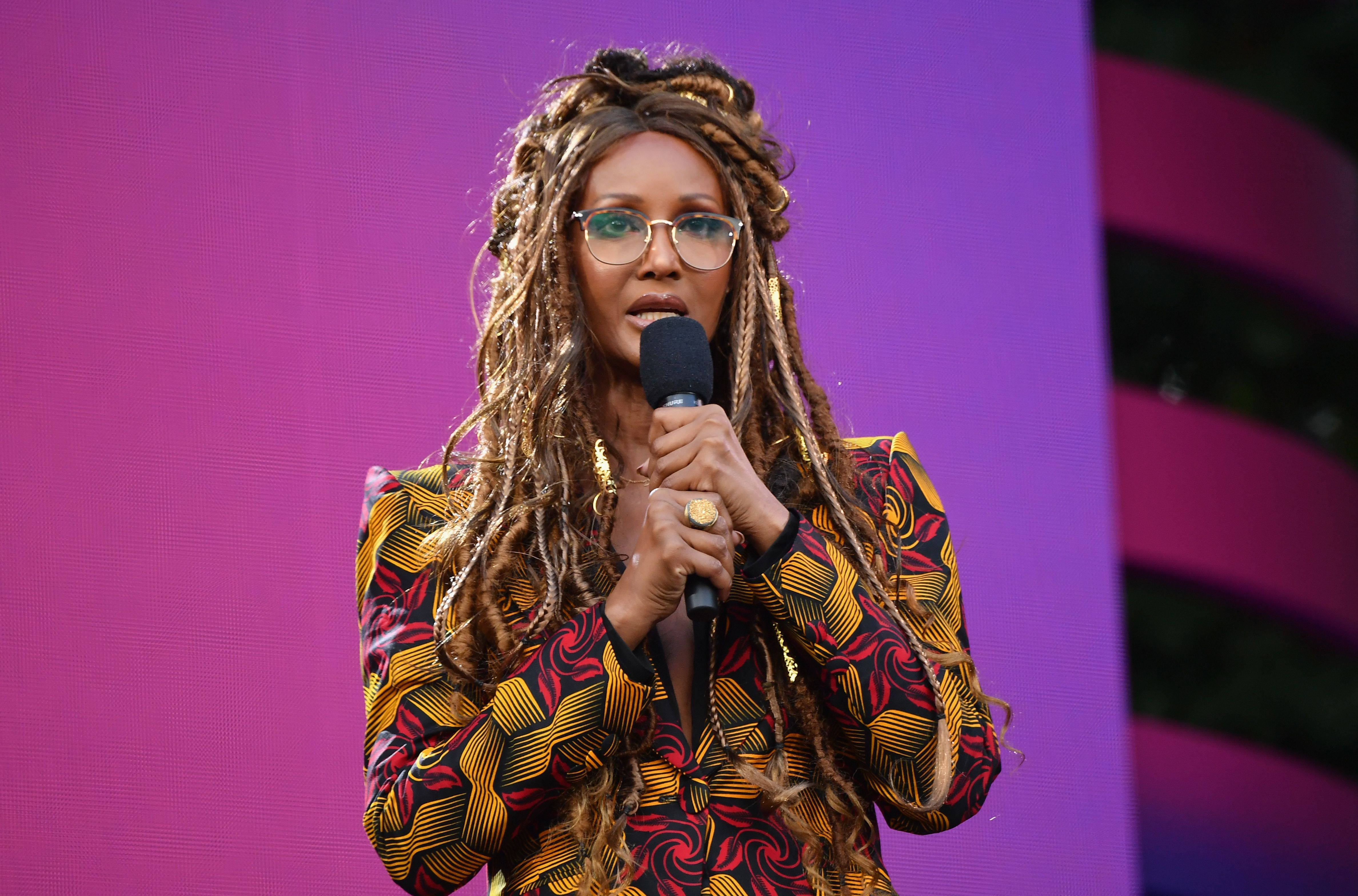 US-Somali model and actress Iman speaks onstage at the 2019 Global Citizen Festival: Power The Movement in Central Park in New York on September 28, 2019. (Photo by Angela Weiss / AFP)        (Photo credit should read ANGELA WEISS/AFP/Getty Images)