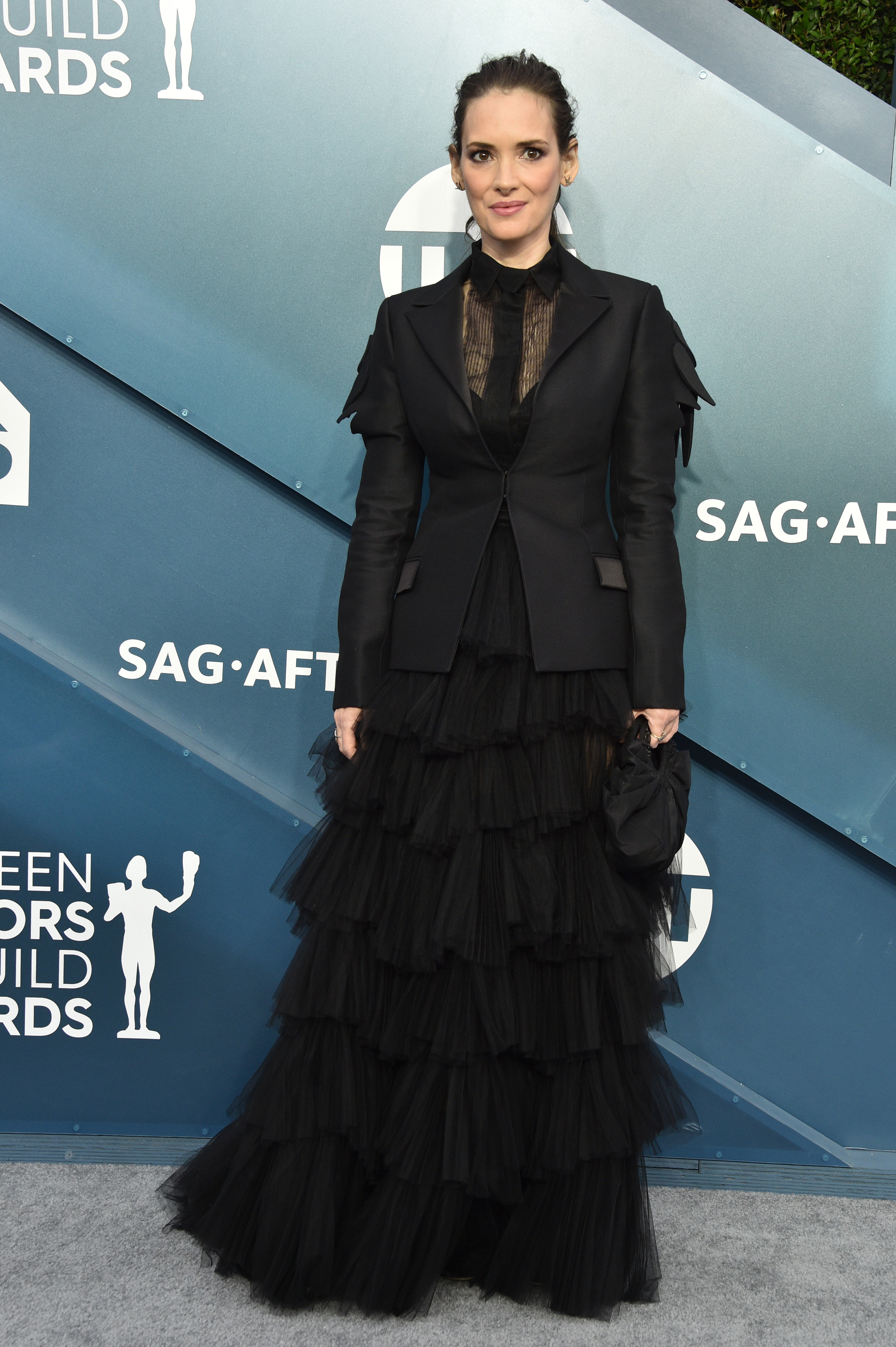 LOS ANGELES, CALIFORNIA - JANUARY 19: Winona Ryder attends the 26th Annual Screen ActorsGuild Awards at The Shrine Auditorium on January 19, 2020 in Los Angeles, California. 721430 (Photo by Gregg DeGuire/Getty Images for Turner)