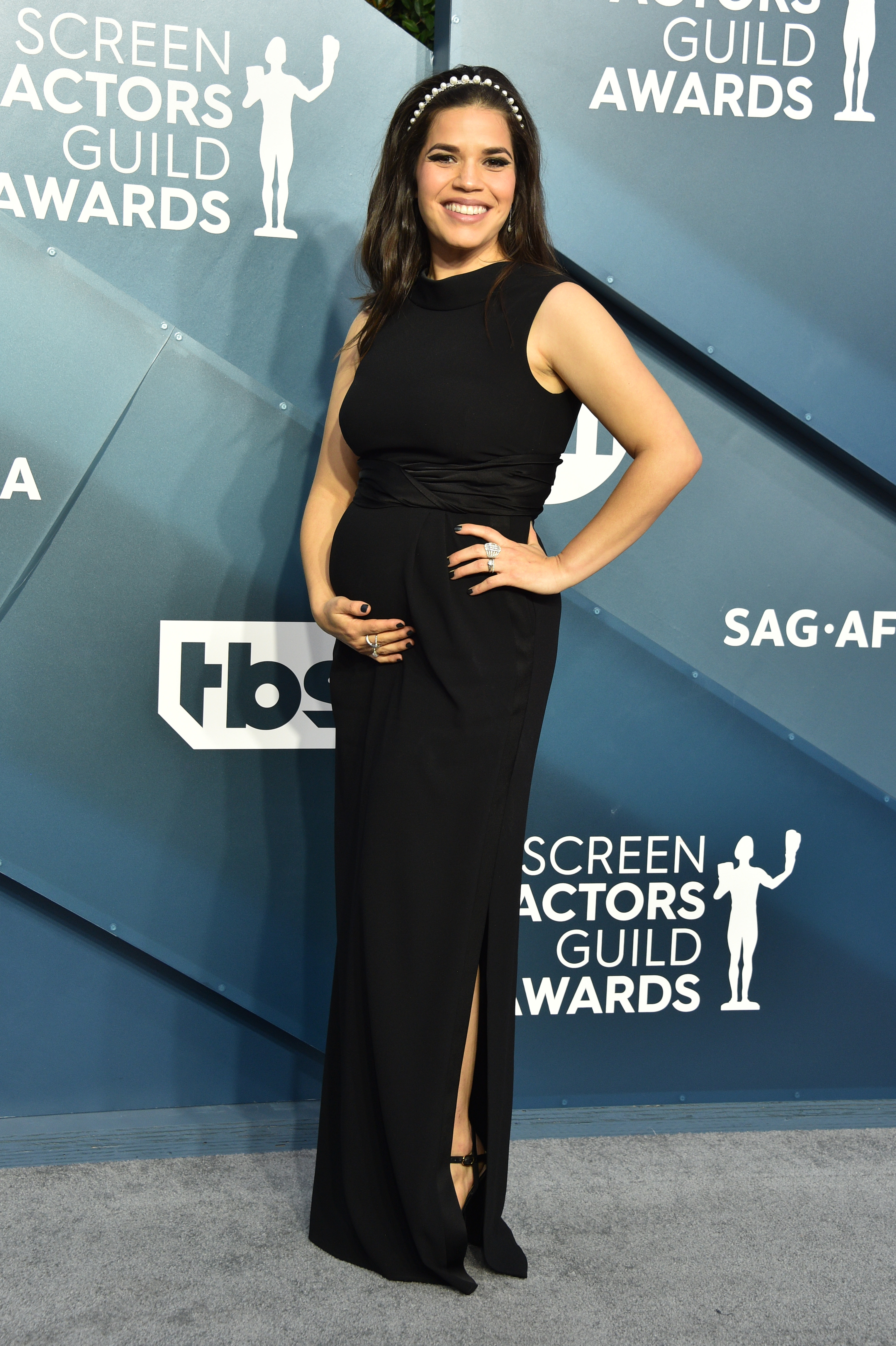LOS ANGELES, CALIFORNIA - JANUARY 19: America Ferrera attends the 26th Annual Screen ActorsGuild Awards at The Shrine Auditorium on January 19, 2020 in Los Angeles, California. 721430 (Photo by Gregg DeGuire/Getty Images for Turner)
