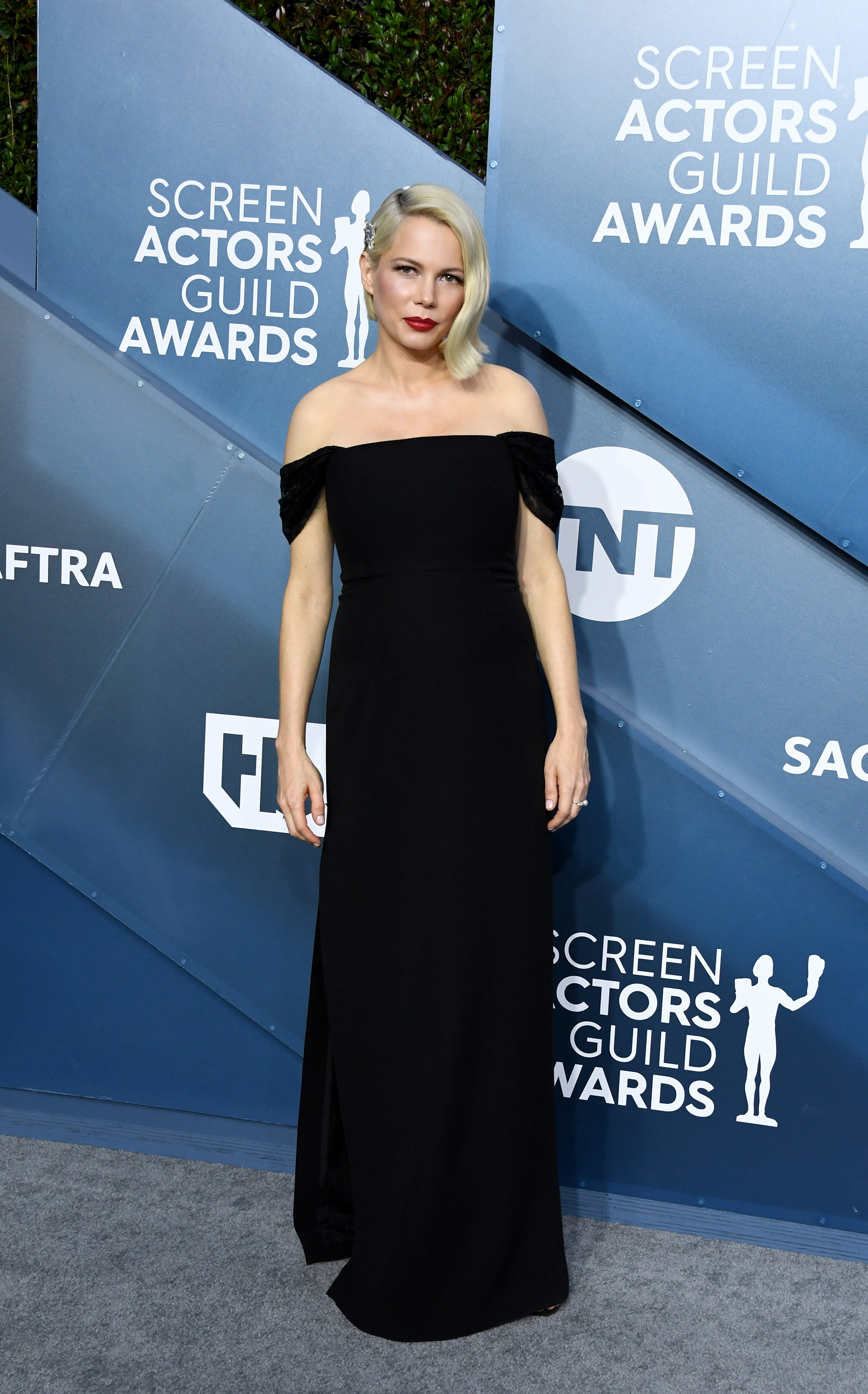 LOS ANGELES, CALIFORNIA - JANUARY 19: Michelle Williams attends the 26th Annual Screen ActorsGuild Awards at The Shrine Auditorium on January 19, 2020 in Los Angeles, California. (Photo by Jon Kopaloff/Getty Images)