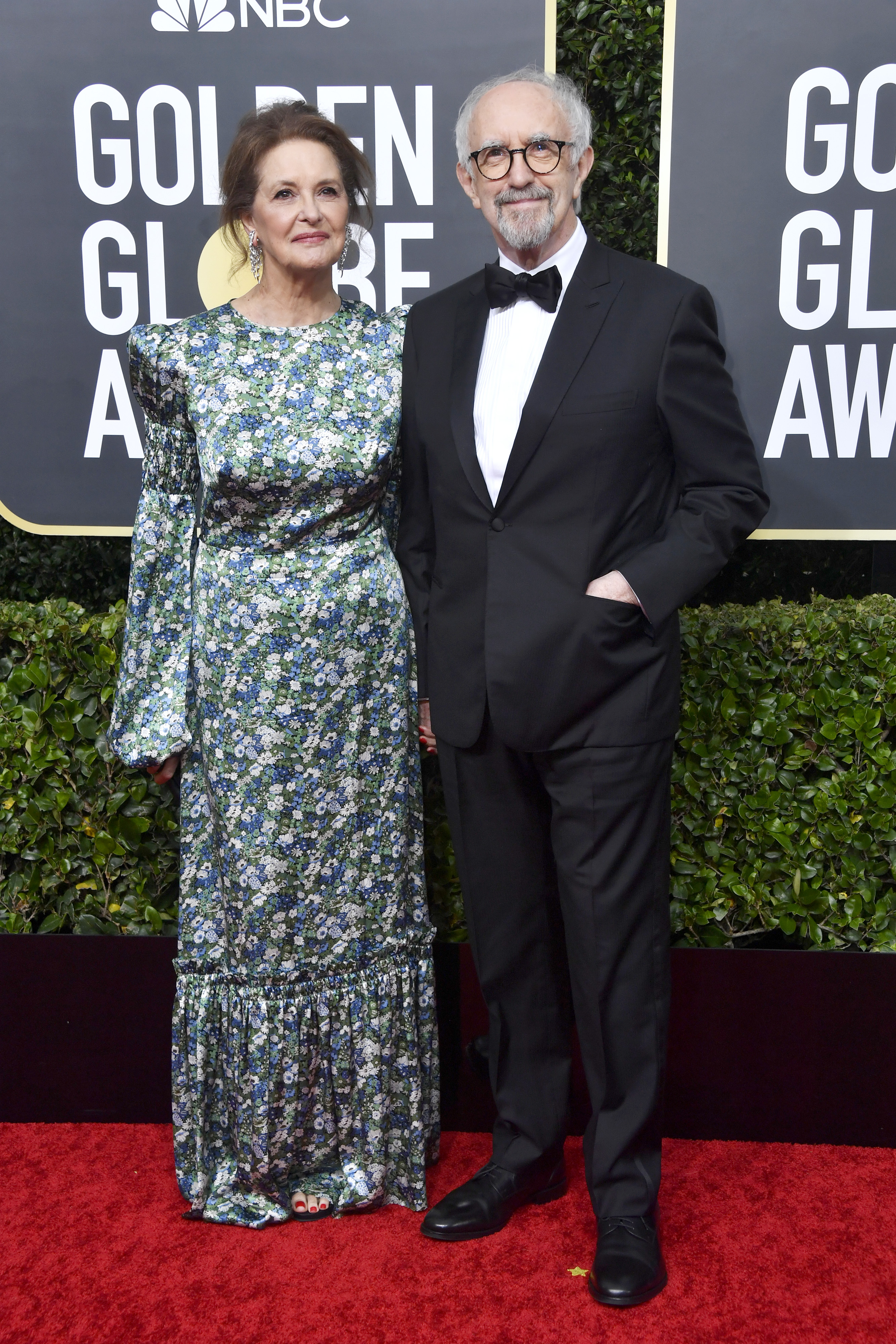 BEVERLY HILLS, CALIFORNIA - JANUARY 05: (L-R) Kate Fahy and Jonathan Pryce attend the 77th Annual Golden Globe Awards at The Beverly Hilton Hotel on January 05, 2020 in Beverly Hills, California. (Photo by Frazer Harrison/Getty Images)